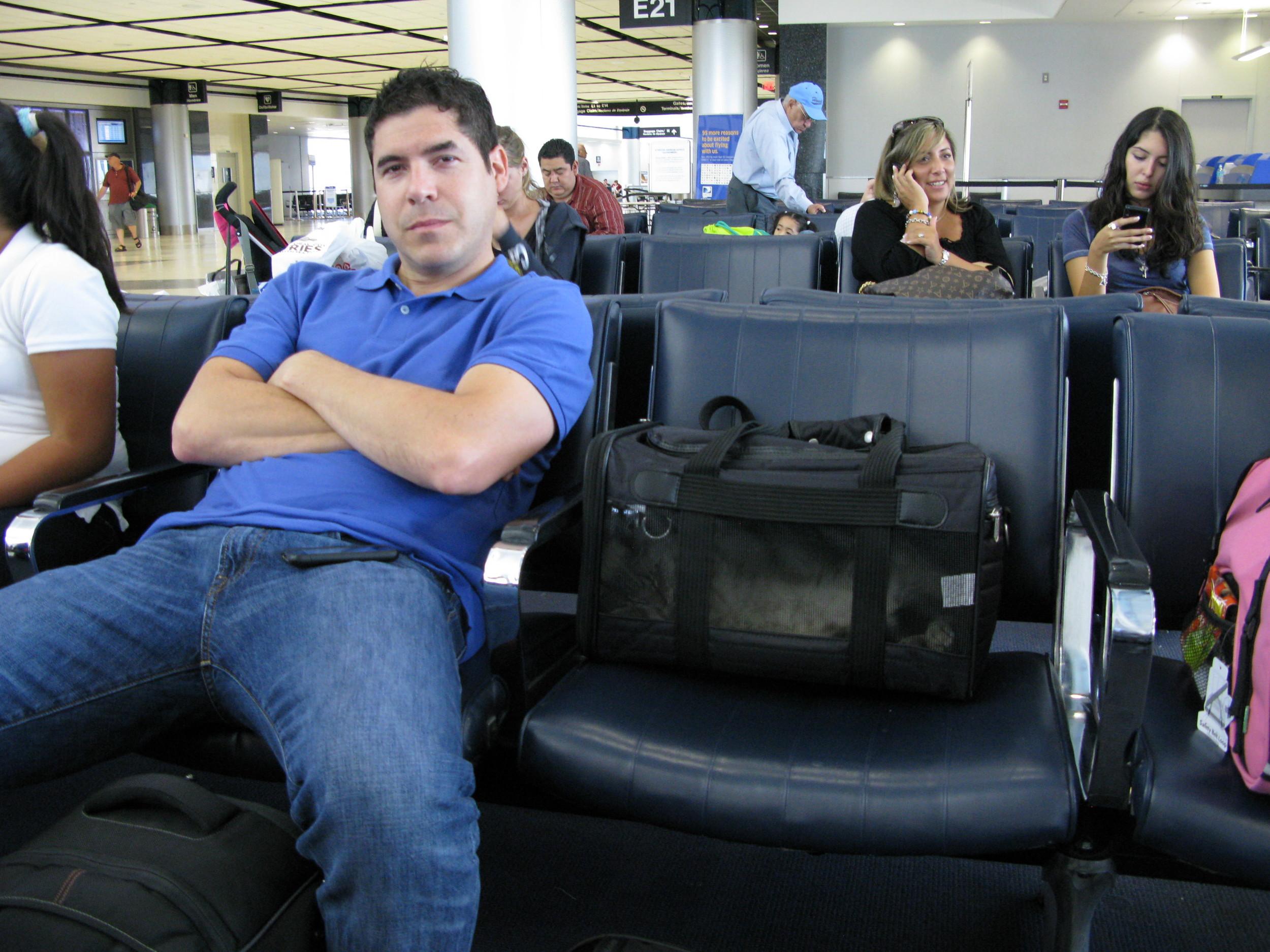 SalAtAirport
