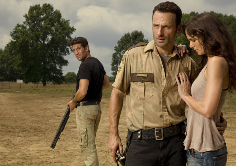 the-walking-dead-season-two-hershels-farm-cast-3.jpg