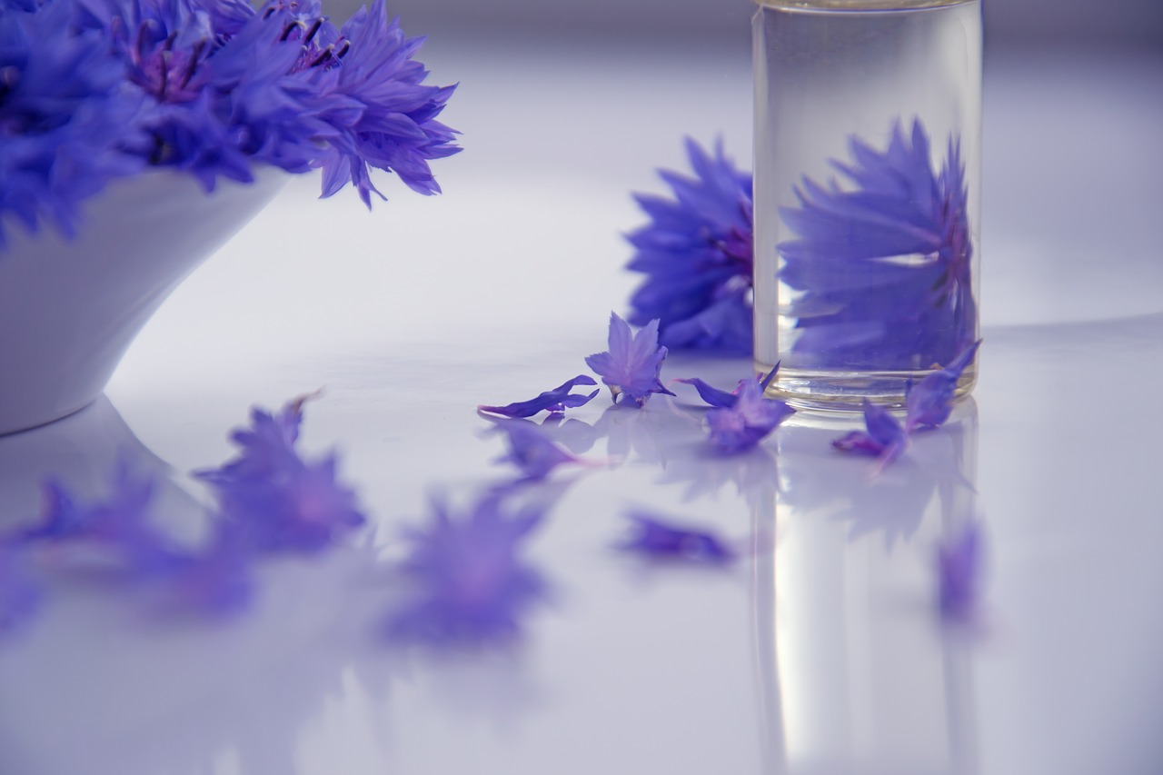 essential-oils-2693748_1280.jpg