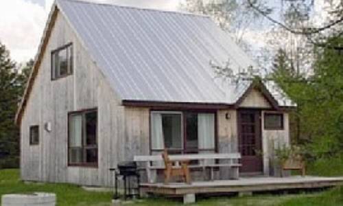 Sunset Cottage   1819 S. Albany Road Craftsbury Comm VT 05827 Phone: (802) 586-2886 Email:  jcelwell@sover.net