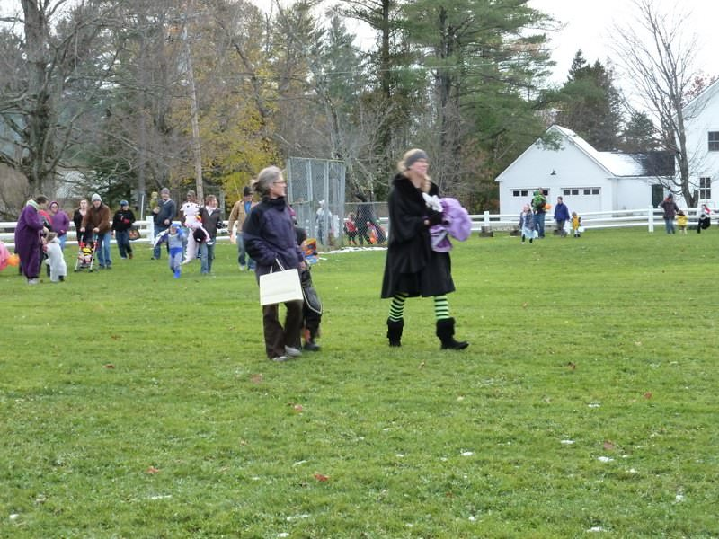 Craftsbury Halloween Trick or Trunk 2011