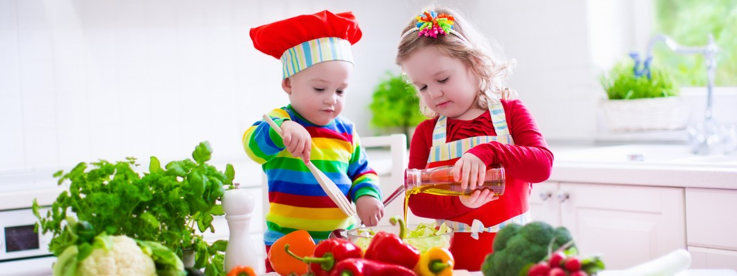 Healthy-Cooking-with-Kids-Cooking-Kids-1060x397.jpg