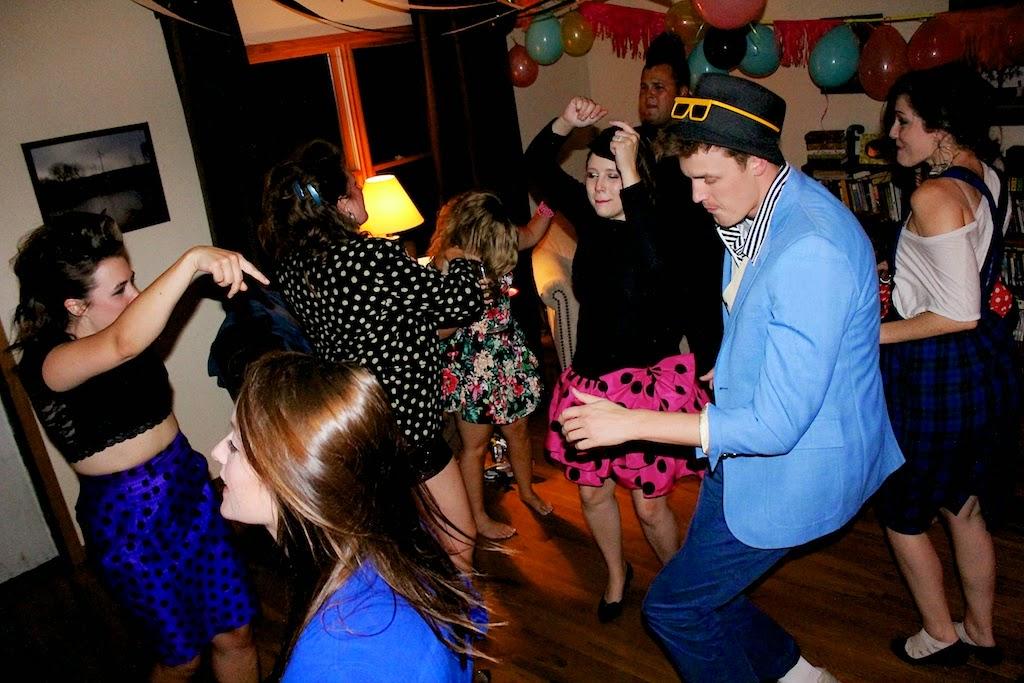 Dance+2+1.jpg