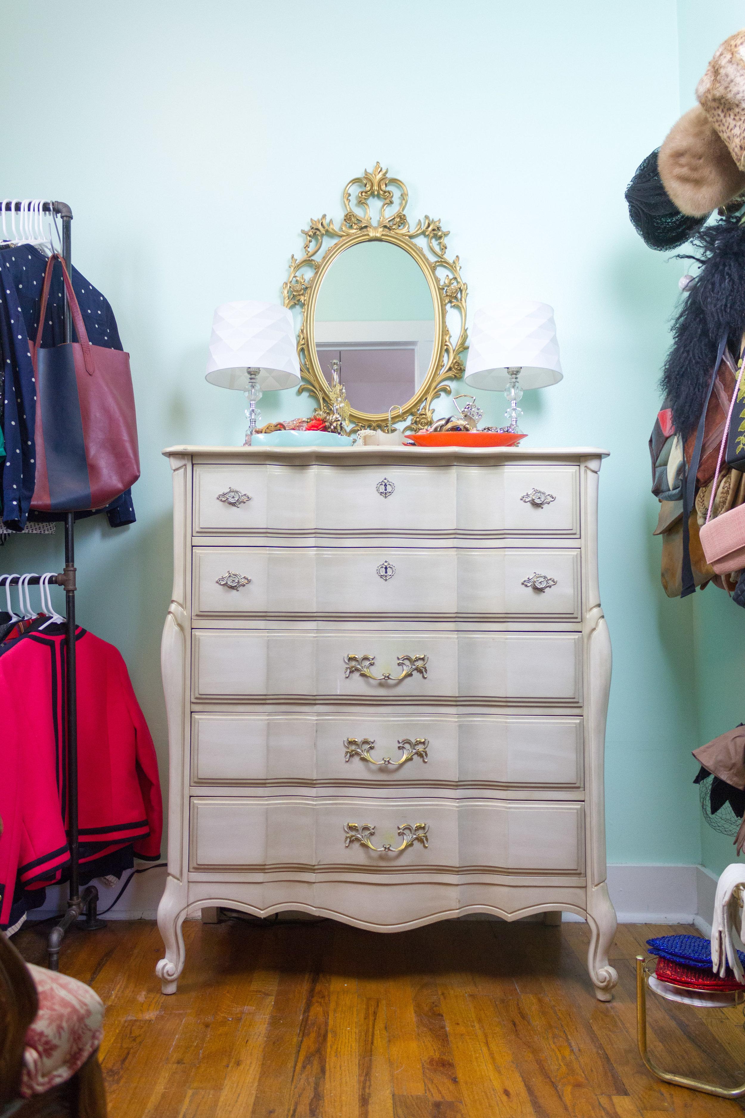 Dressing Room-8.jpg