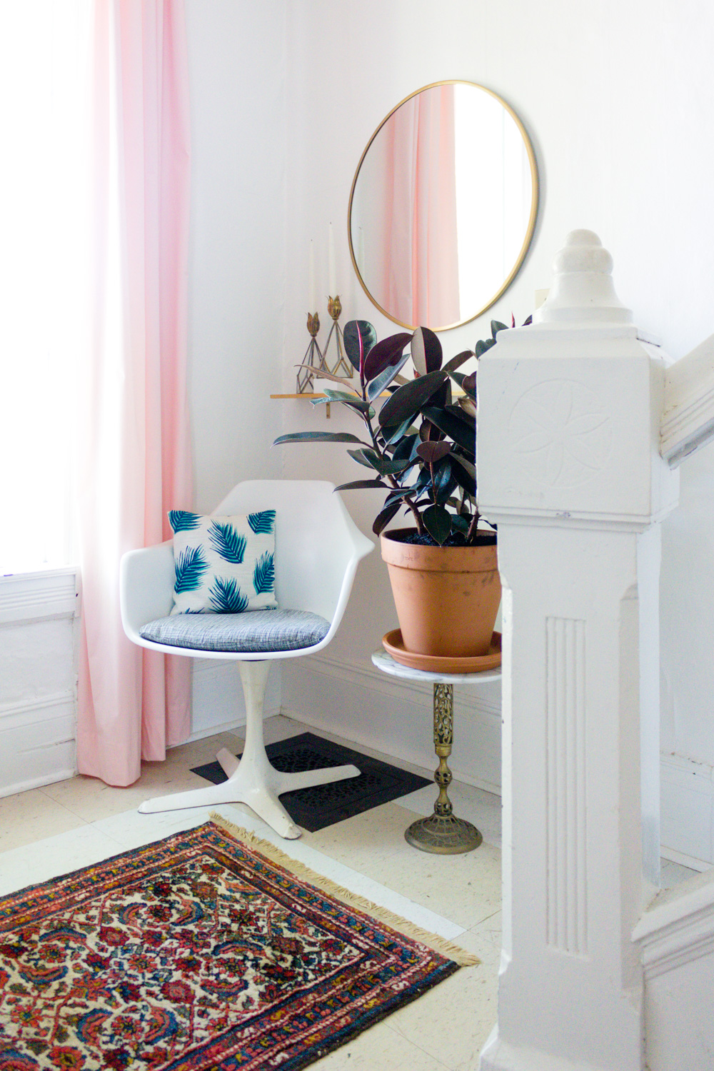 Copy of Pink and Green Entryway, White Tulip Chair and Brass Round Mirror