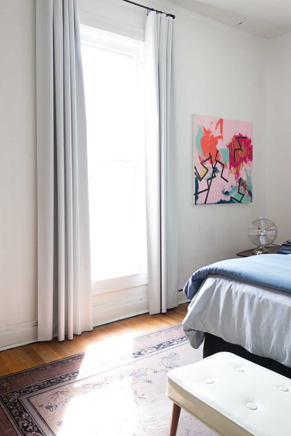 Regency Bedroom with Bold Abstract Art