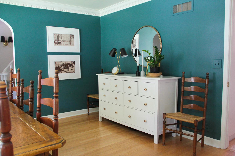 Modern Colonial Dining Room in Benjamin Moore Polished Slate