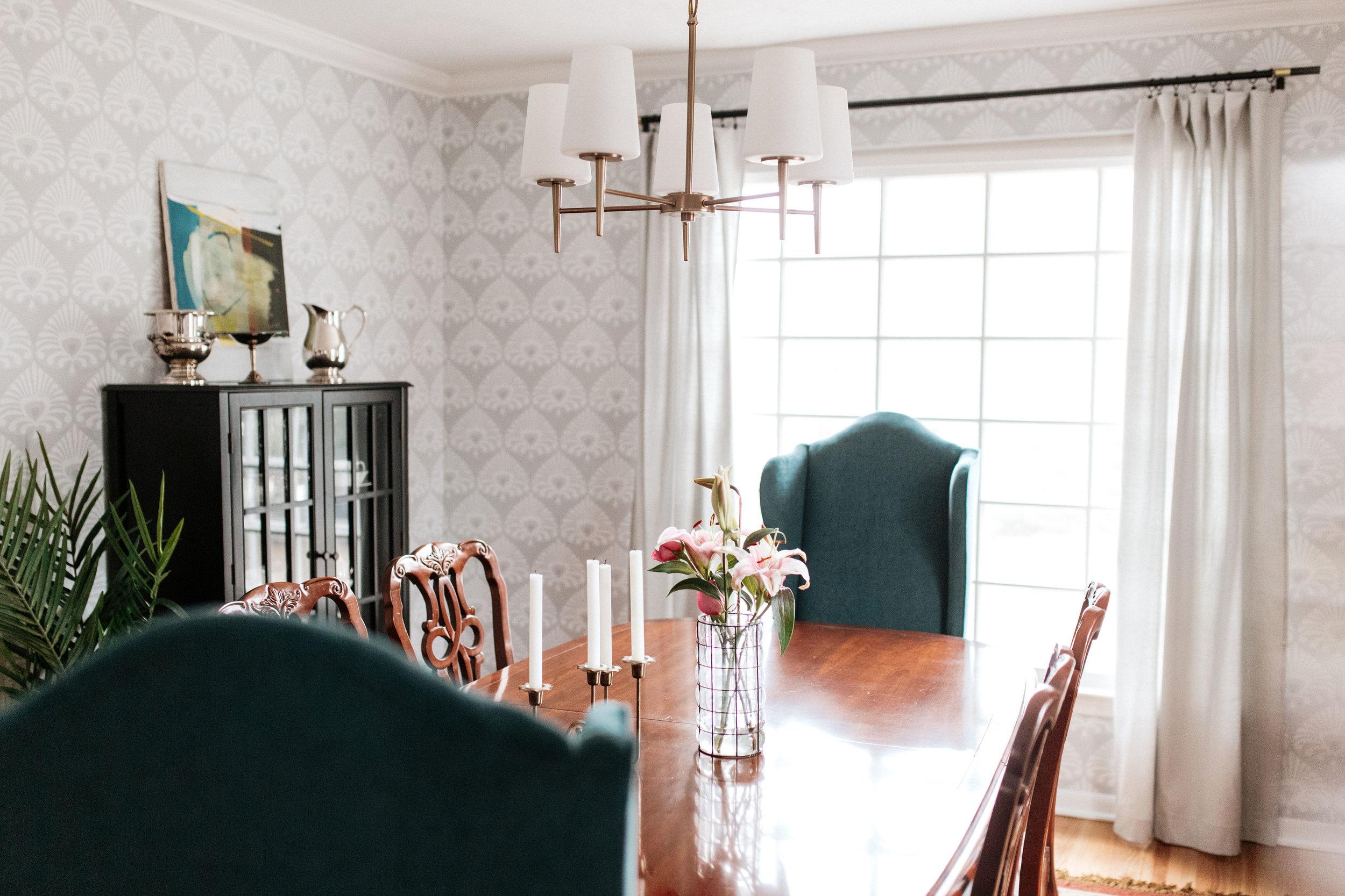 Retuned Traditional Dining Room1.jpg