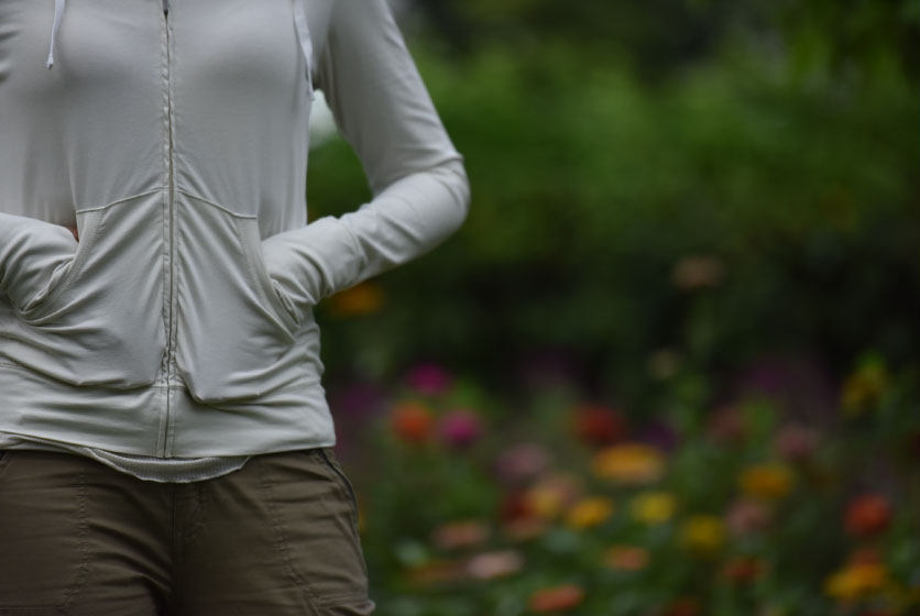 I love the conveniently placed pockets in my Patagonia organic cotton Graviti Hoody. Image©gunjanvirk