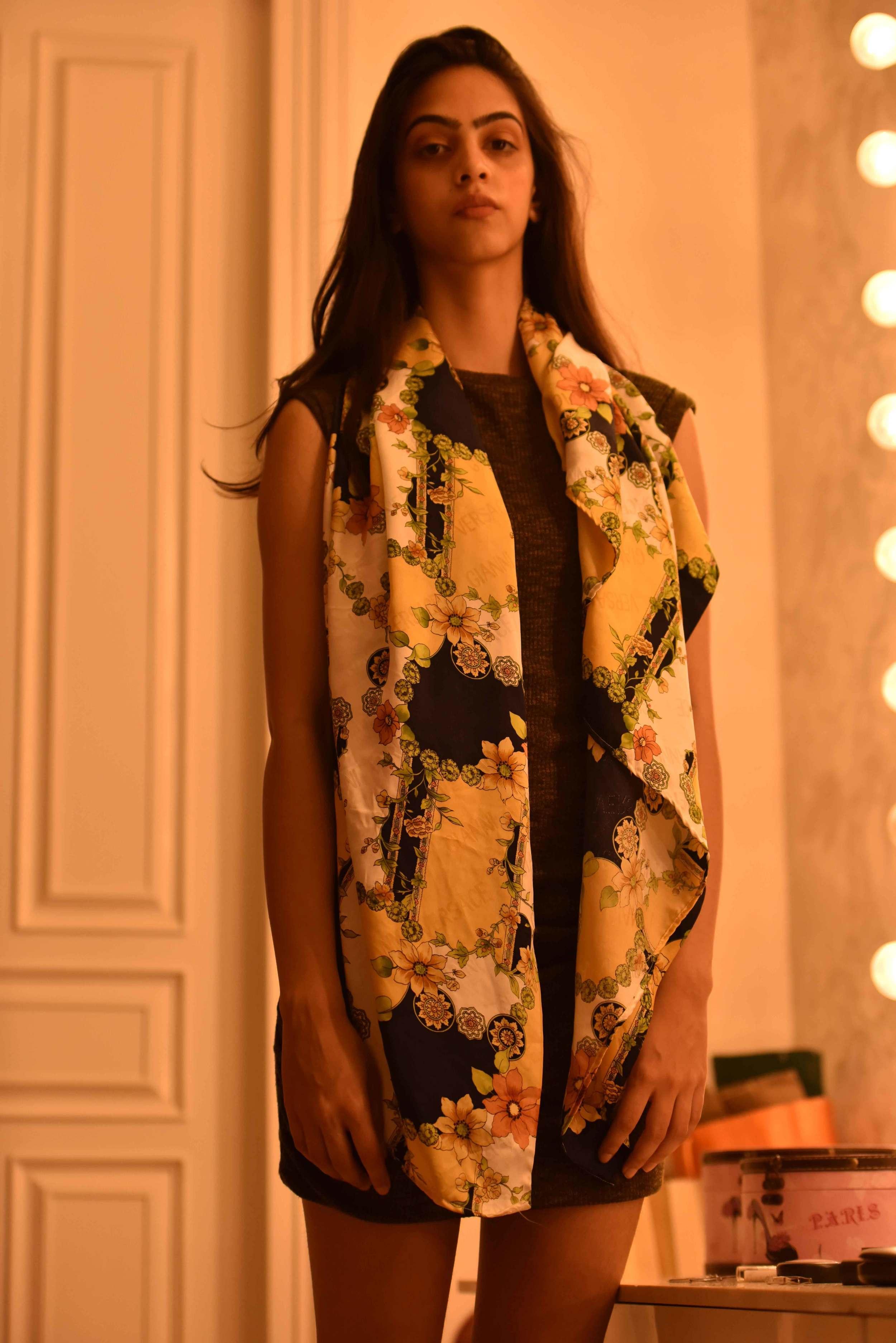 The scarf thrown just around the neck! Versace scarf, model: Mannat Dhaliwal, image©gunjanvirk.
