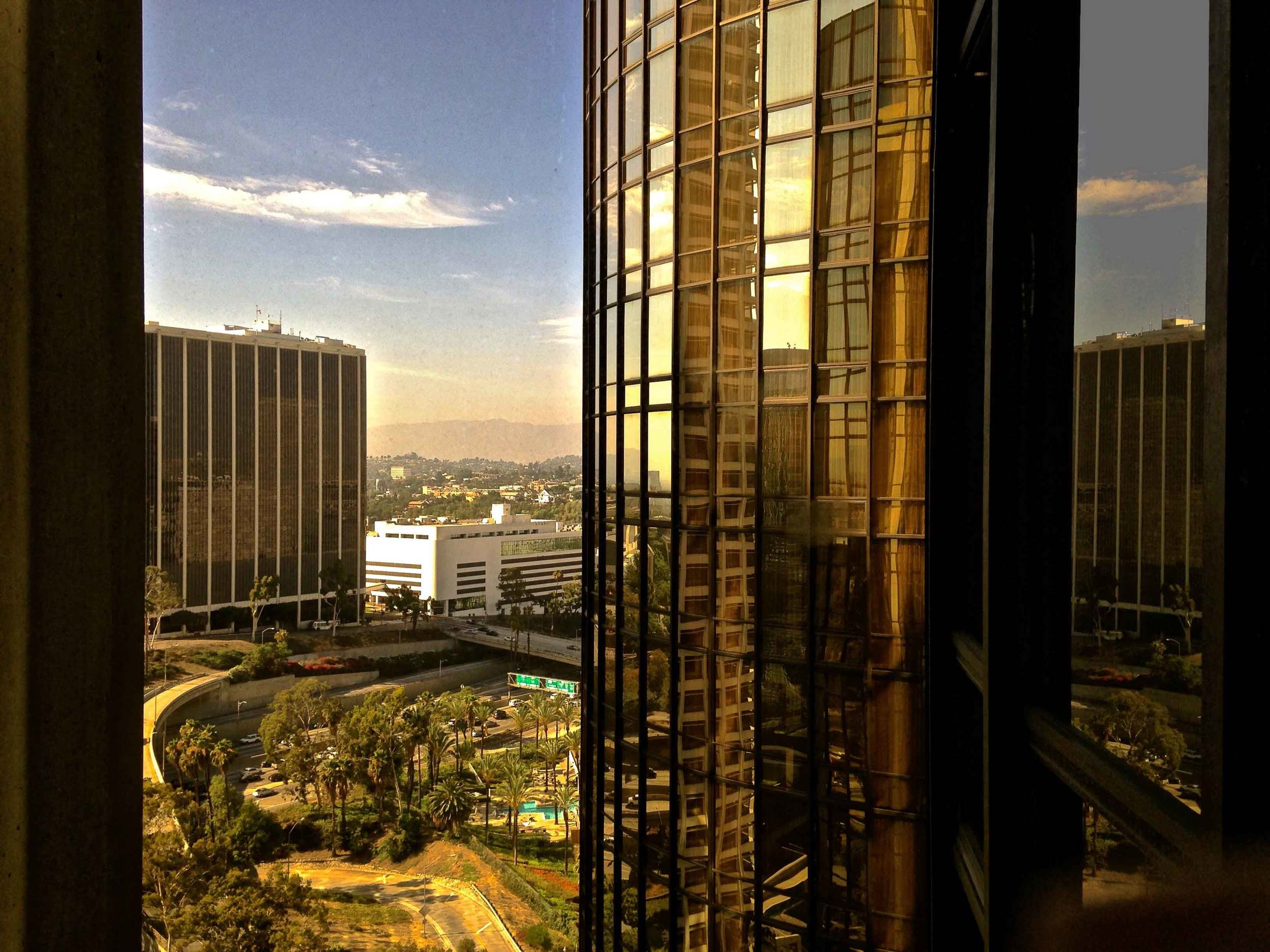 View from near the elevator, Westin Bonaventure, L.A. Image©sourcingstyle.com