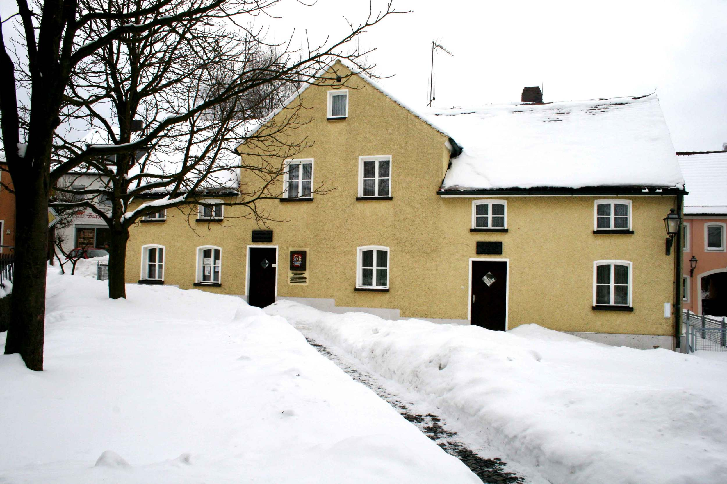 Image©sourcingstyle.com, house of Saint Therese Neumann, Konnersreuth, Bavaria, Germany.
