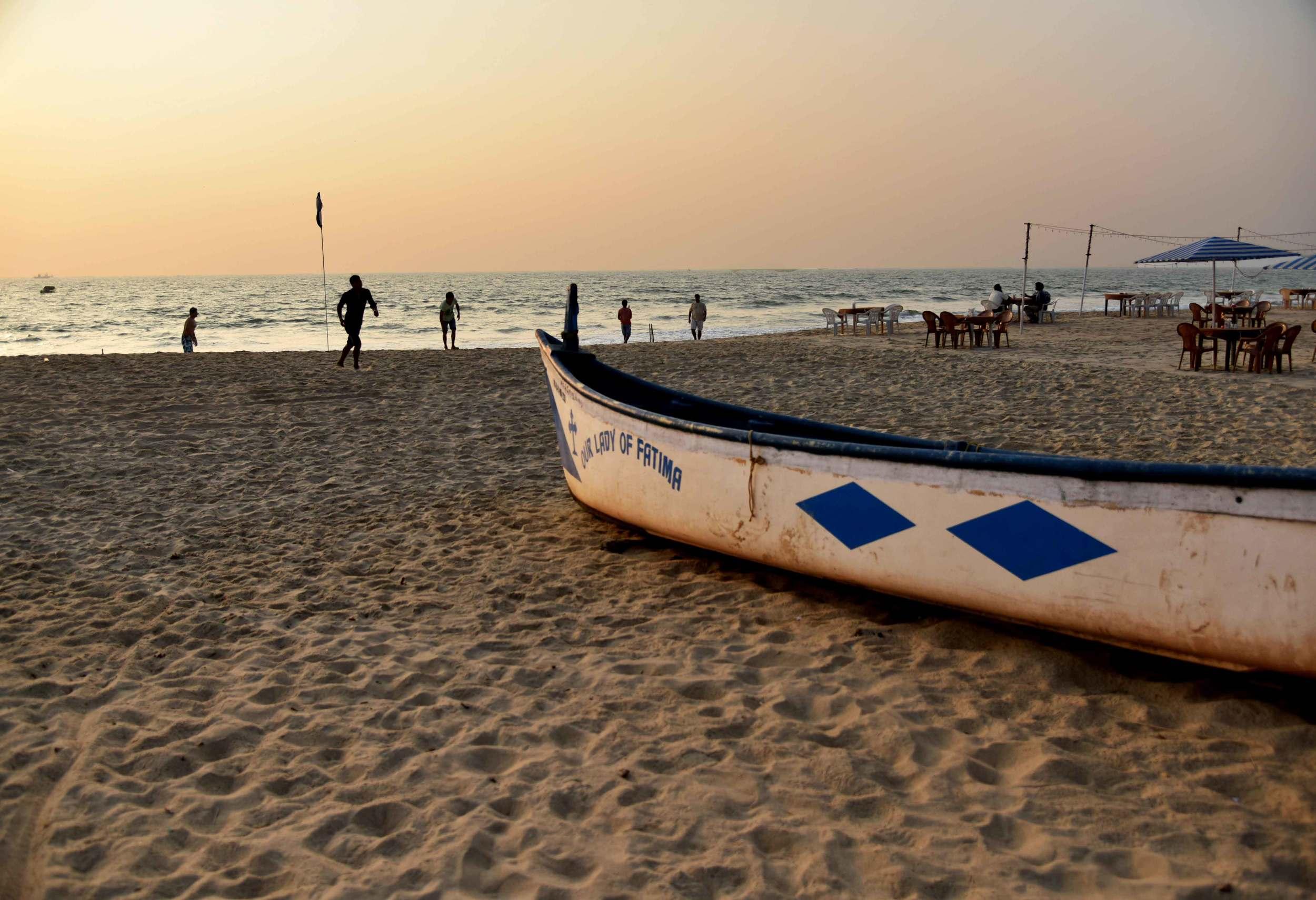 Sunset on the beach. Park Hyatt Hotel, Goa, image©sourcingstyle.com.