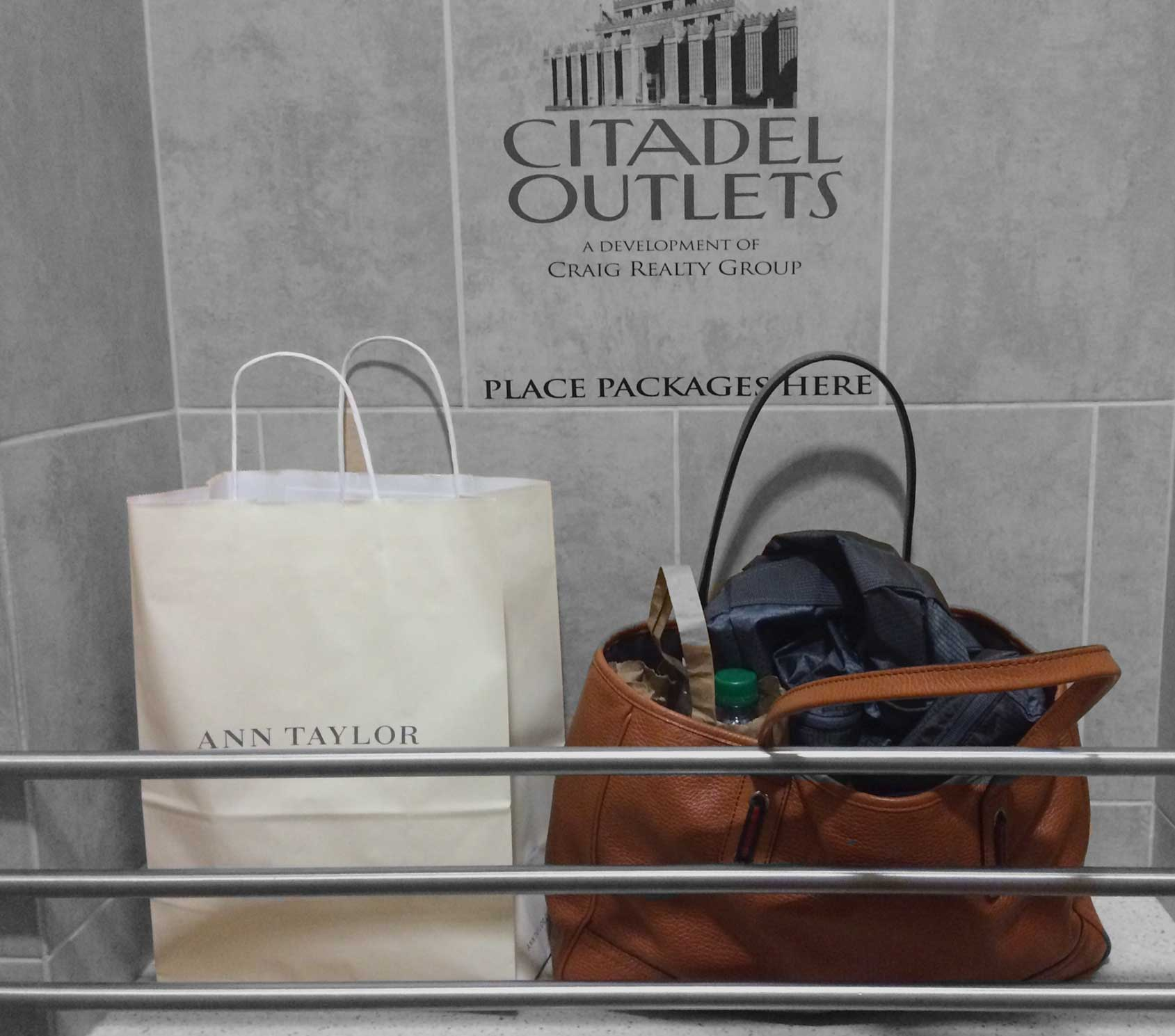 I like that there is place in the restrooms to rest your shopping bags! Citadel Outlets, LA, CA, USA. Image©gunjanvirk