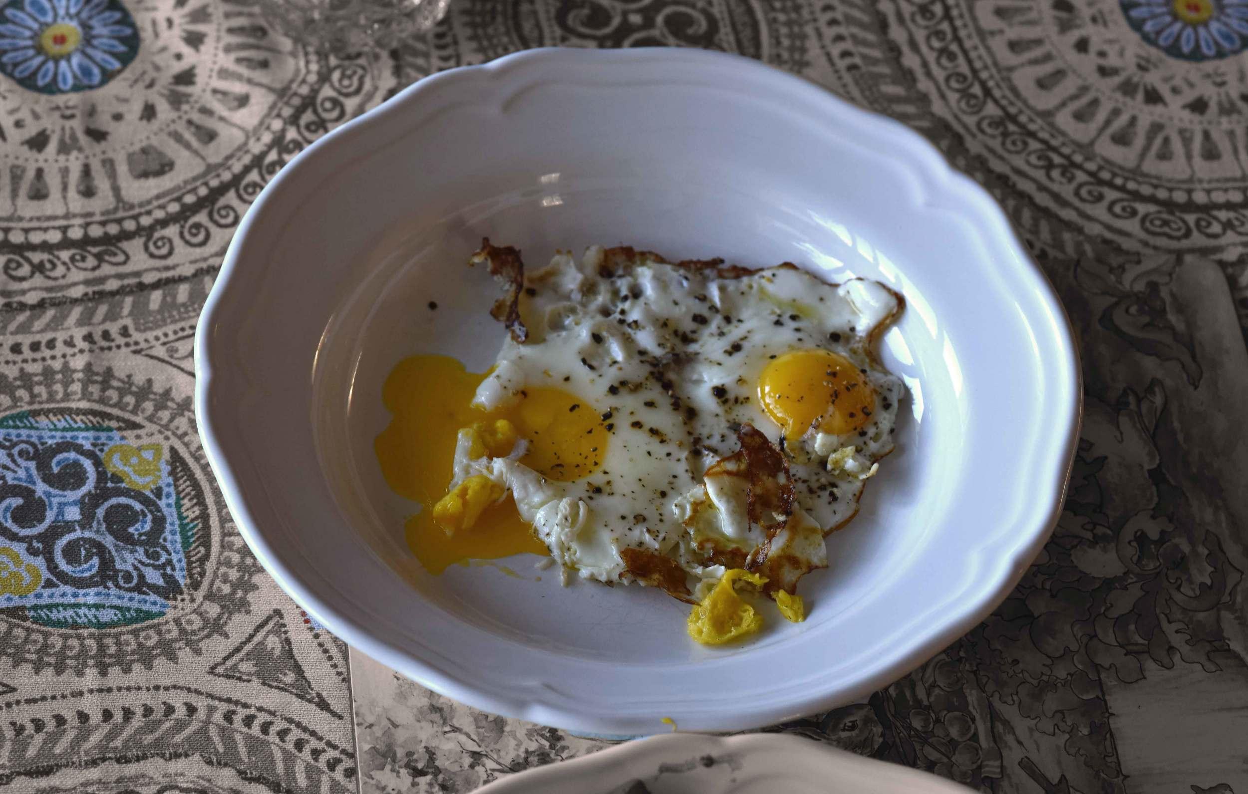 Eggs as a side-dish, image©gunjanvirk