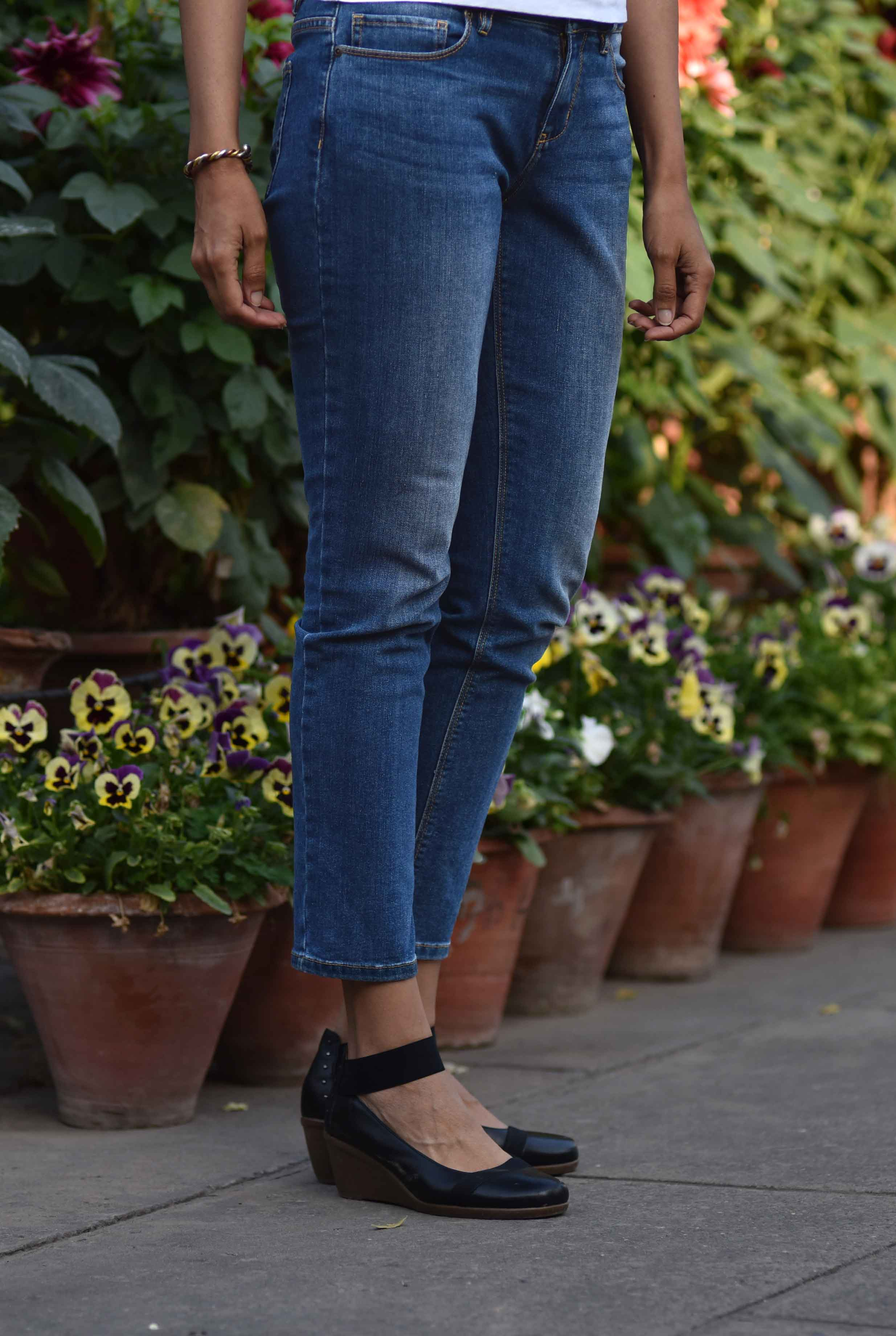 The JJill Authentic Fit Slim Ankle Jeans are great for outings! Image©gunjanvirk