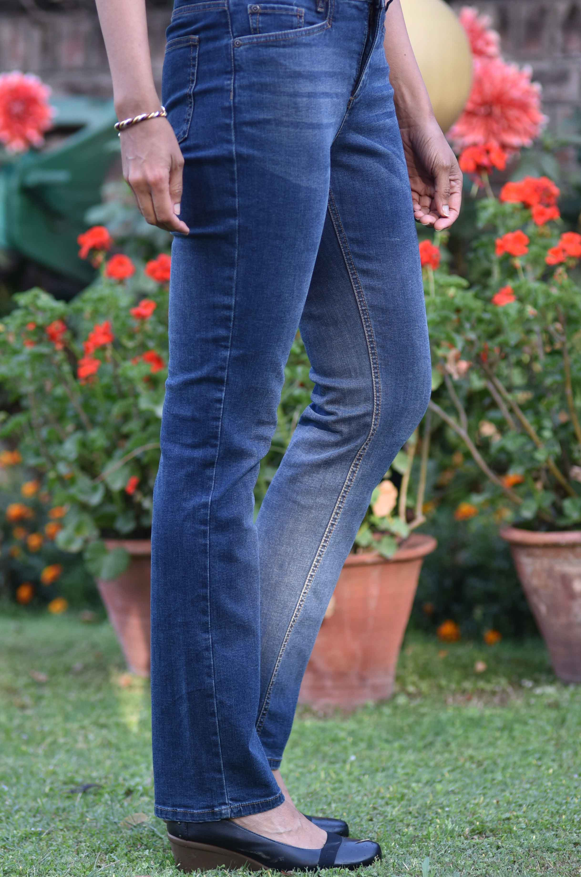 The JJill Smooth Fit Straight Leg Jeans are awesome! Image©gunjanvirk