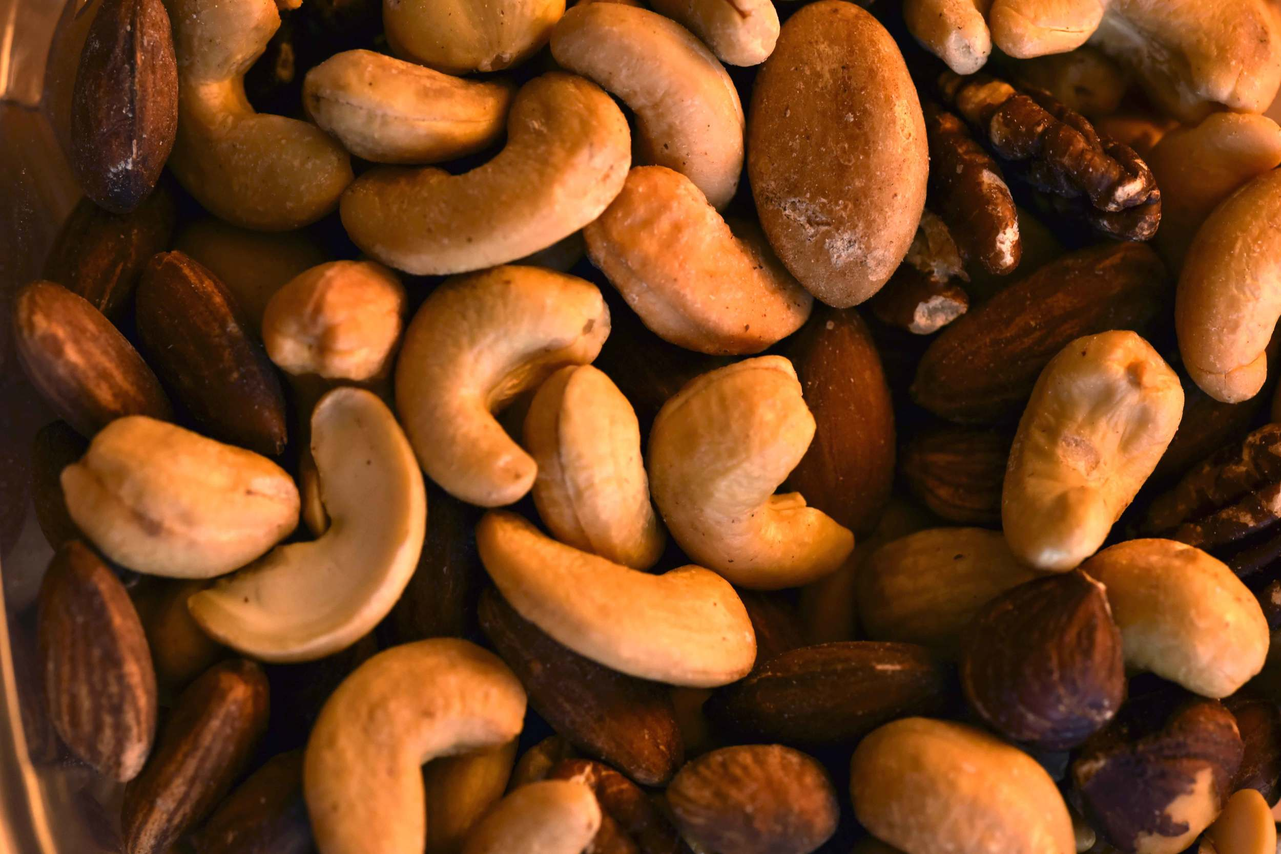 Roasted mixed nuts makes for a healthy snack! Image©gunjanvirk