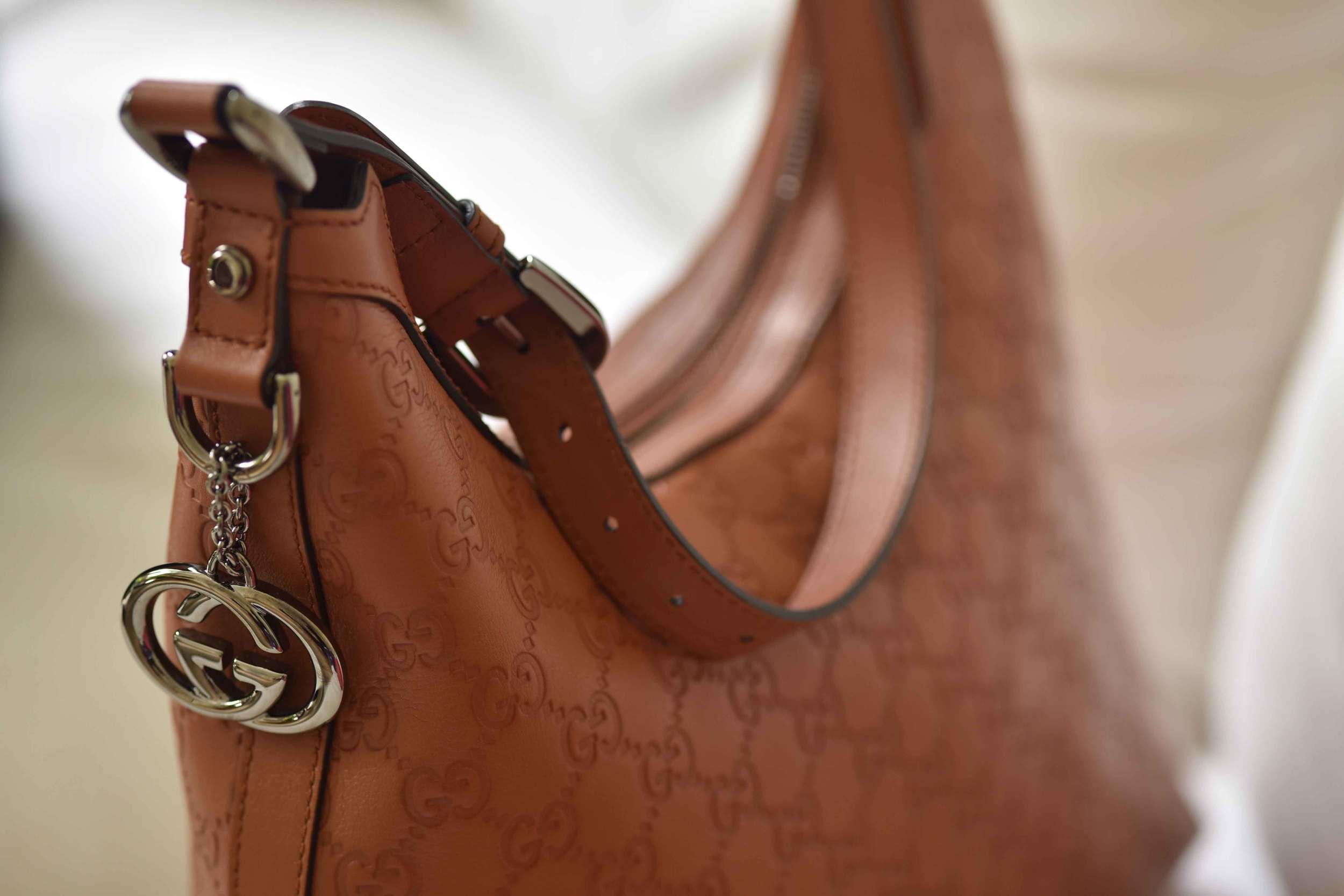 Gucci everyday bag in tan color. Image©sourcingstyle.com, Photo: Nicola Nolting.