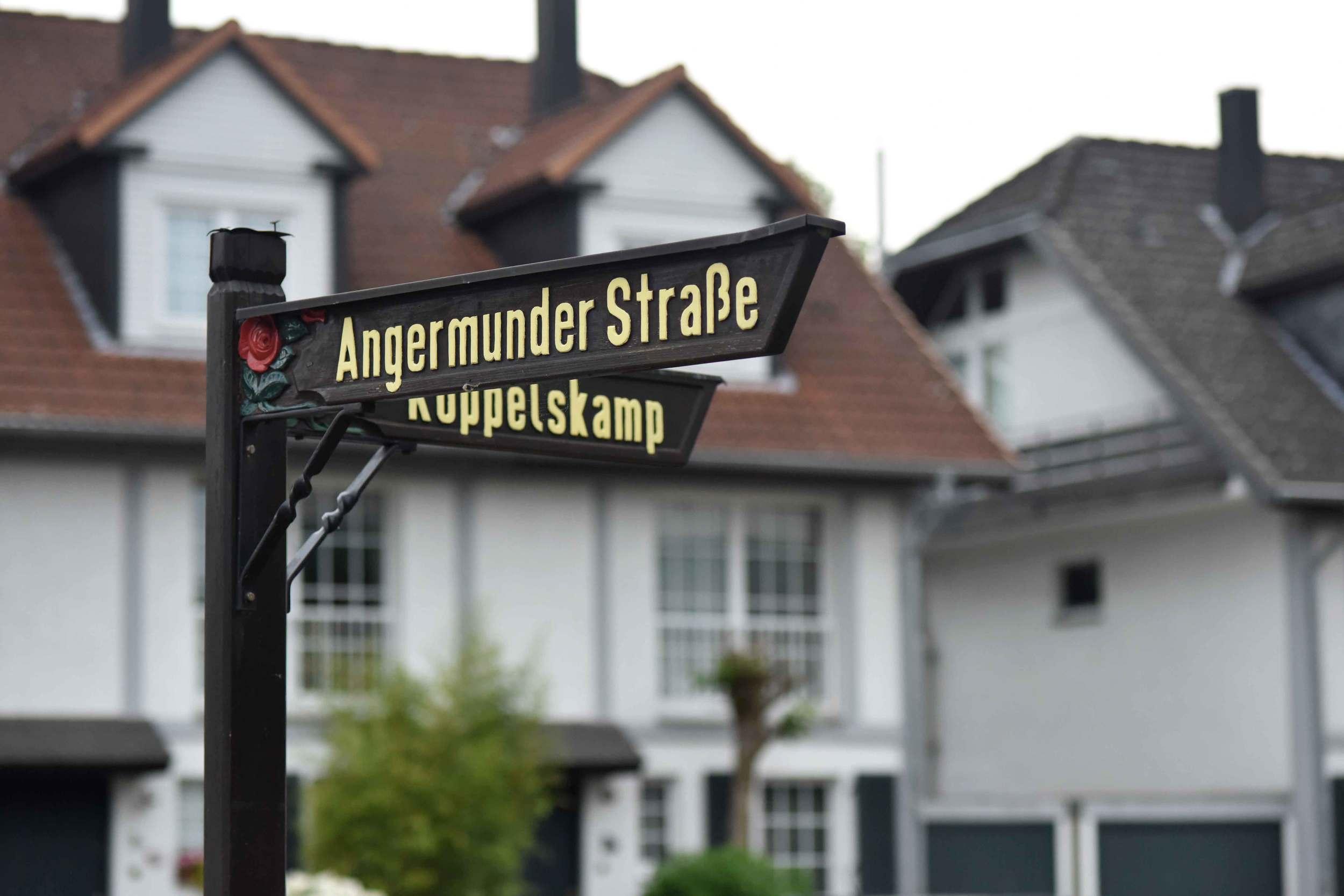 Angermunder Straße signboard, village near Düsseldorf, Germany. Image©sourcingstyle.com, Photo: Nicola Nolting.