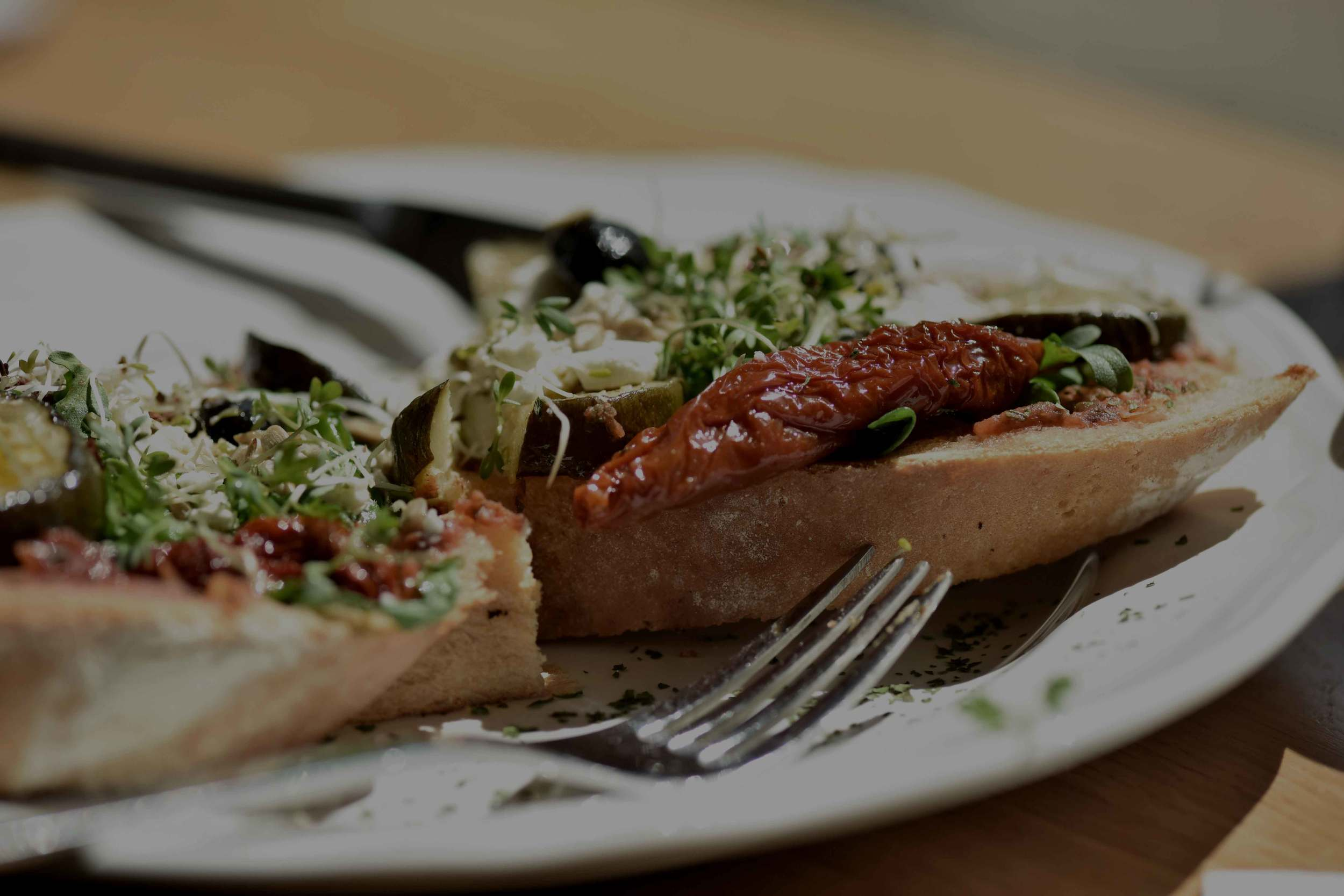 Delicious bruschetta for lunch! Ratingen, Germany. Image©sourcingstyle.com, Photo: Nicola Nolting