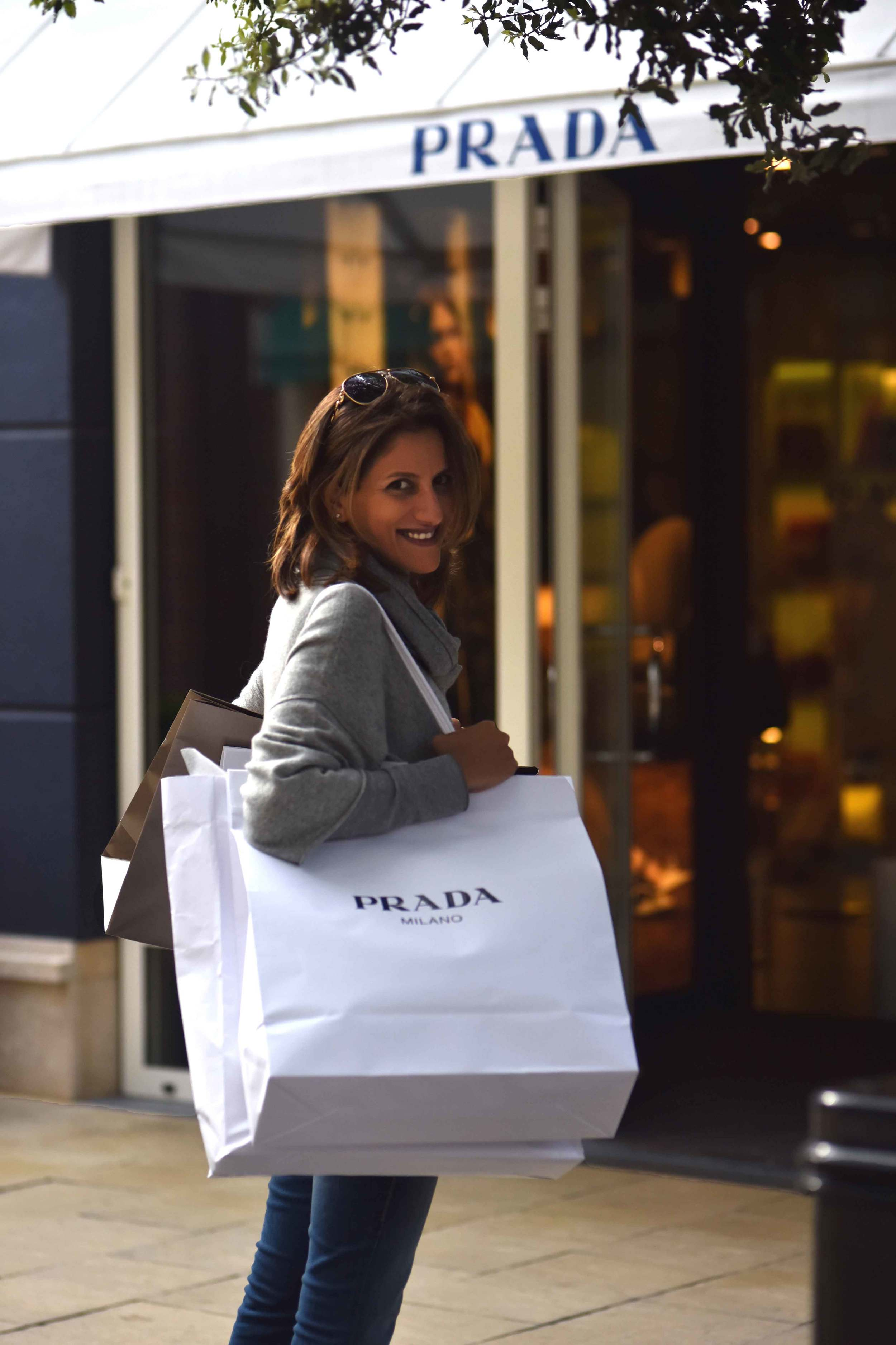 Prada shopping bag, Prada, Designer Outlet Roermond, Netherlands. Photo: Nicola Nolting, image©sourcingstyle.com