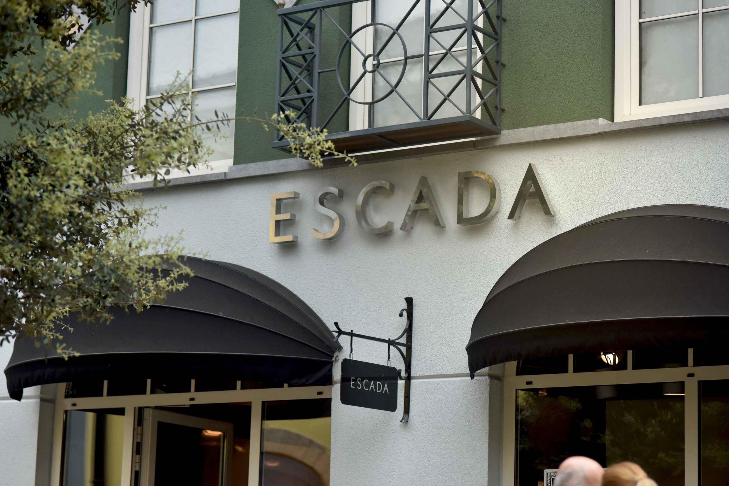 Escada, Designer Outlet Roermond, Netherlands. Photo: Gunjan Virk, image©sourcingstyle.com