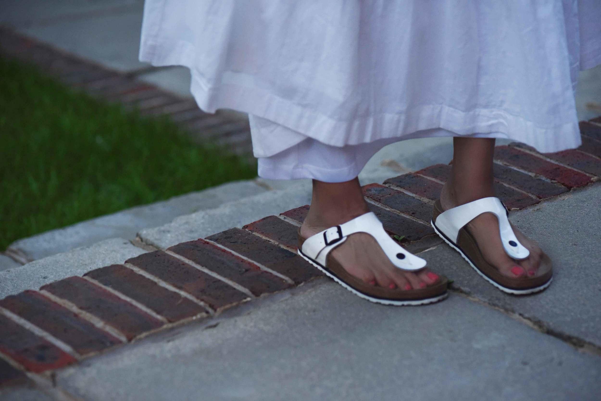 Birkenstock slipper, image©sourcingstyle.com