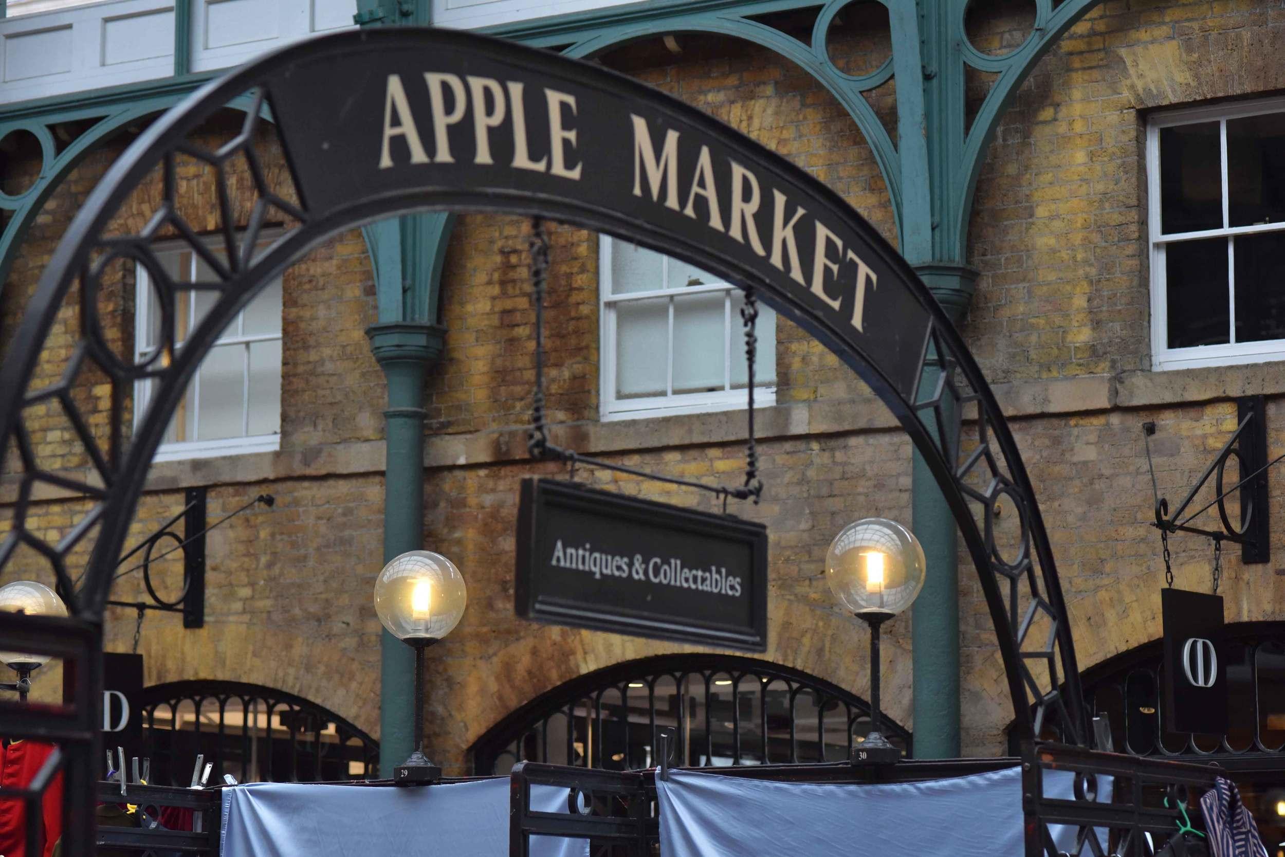 Apple Market, Covent Garden, London, UK. Image©sourcingstyle.com