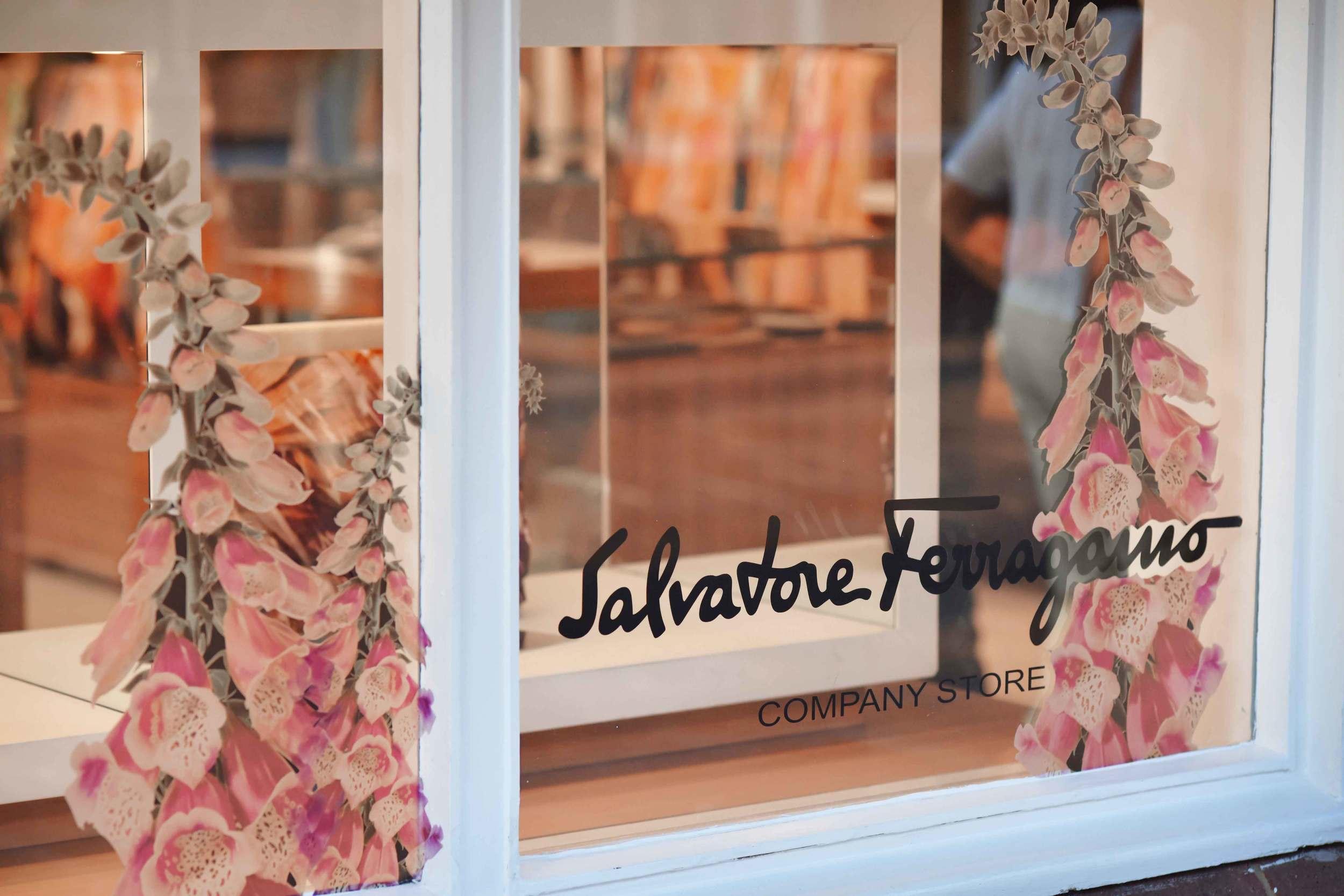 Salvatore Ferragamo, Bicester village, designer shopping outlet near London, UK. Image©sourcingstyle.com