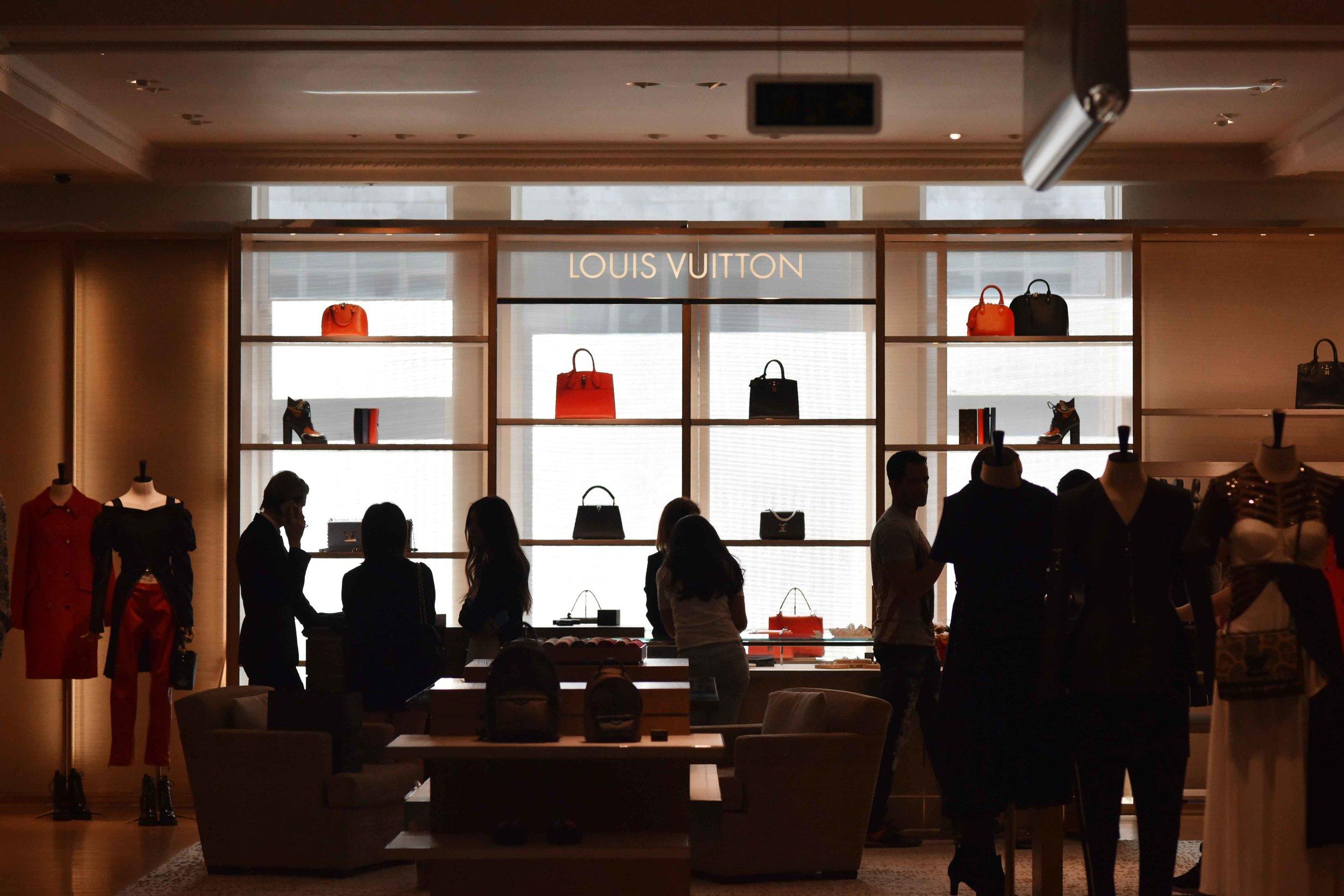 Louis Vuitton, Selfridges, London, U.K. Image©sourcingstyle.com