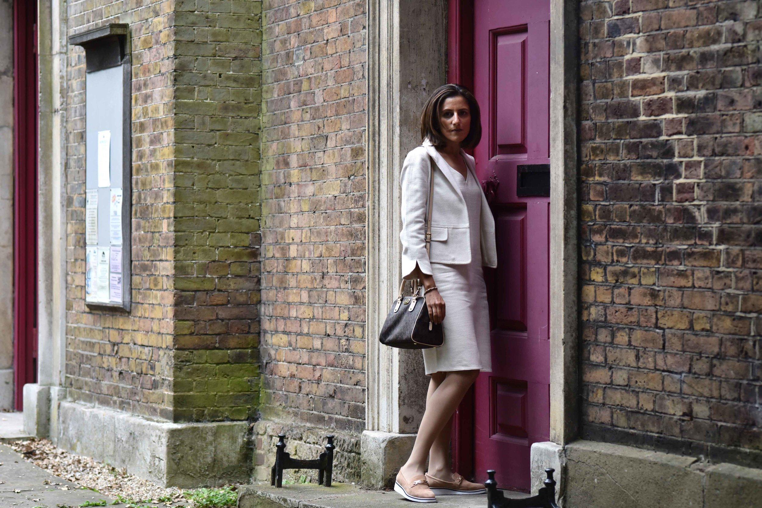 Talbots shift dress and jacket, Michael Kors bag. Image©sourcingstyle.com