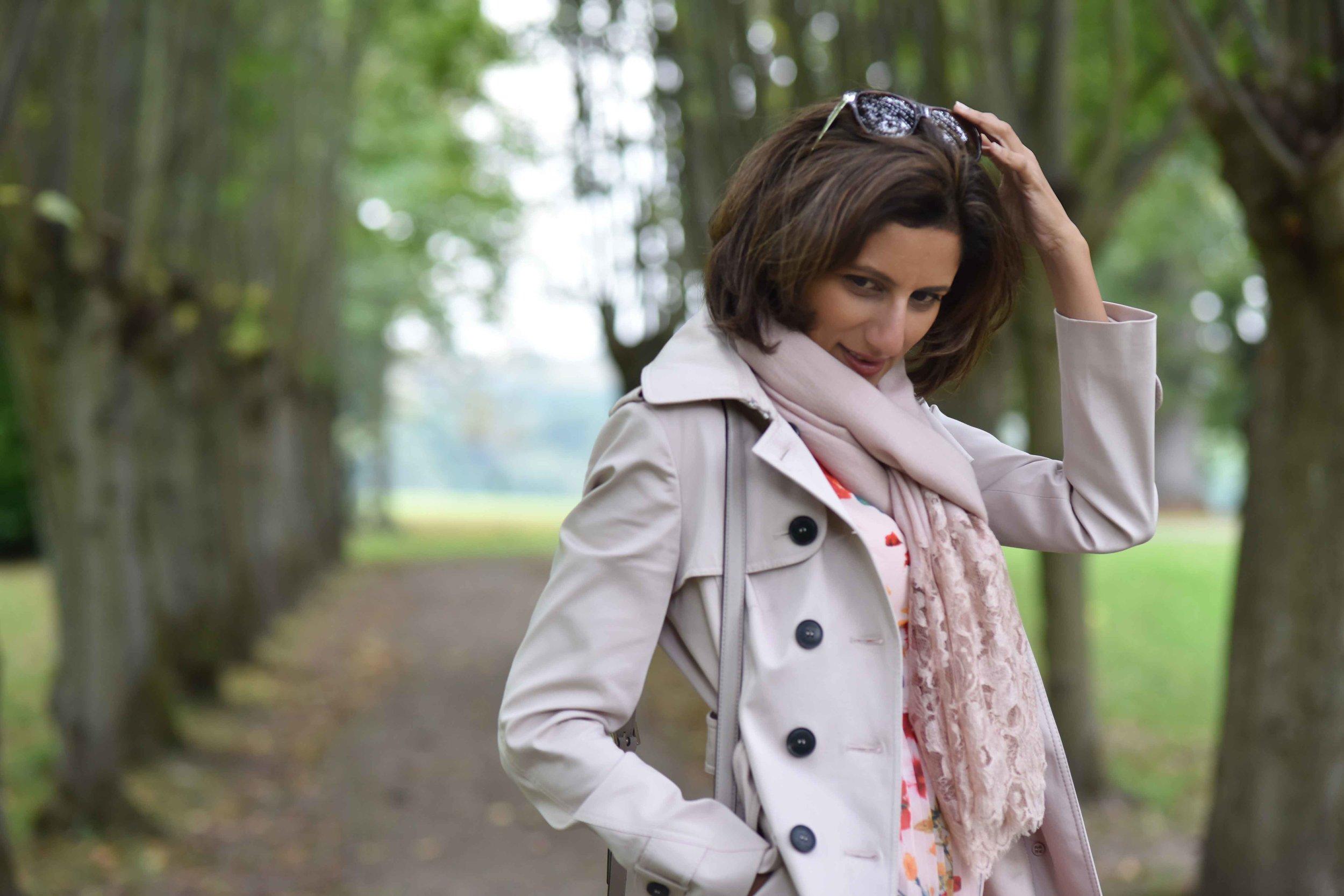 Karen Millen trench coat, Coworth Park Hotel, Ascot, U.K. Image©sourcingstyle.com
