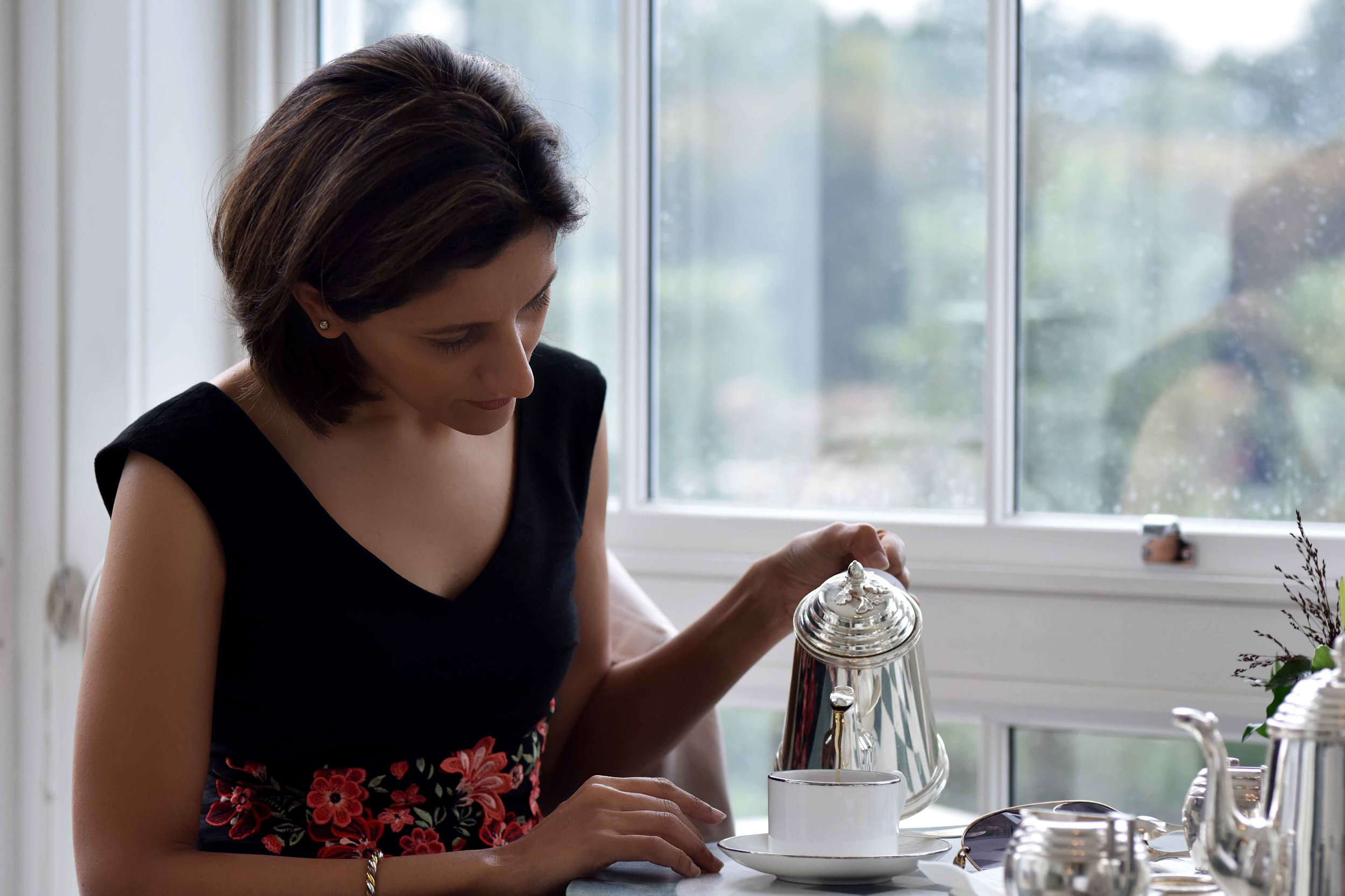 Black Karen Millen dress, high tea, afternoon tea, Coworth Park hotel and spa, Dorchester Collection, Ascot, UK. Image©sourcingstyle.com