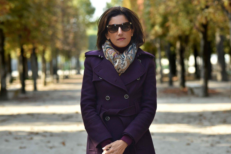 Karen Millen fall winter coat, Gucci sunglasses, Hallhuber scarf. Image©sourcingstyle.com. Photo: Nina Shaw.