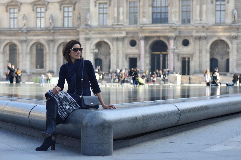 Ralph Lauren knit dress, Louvre, Paris. Image©sourcingstyle.com. Photo: Nina Shaw