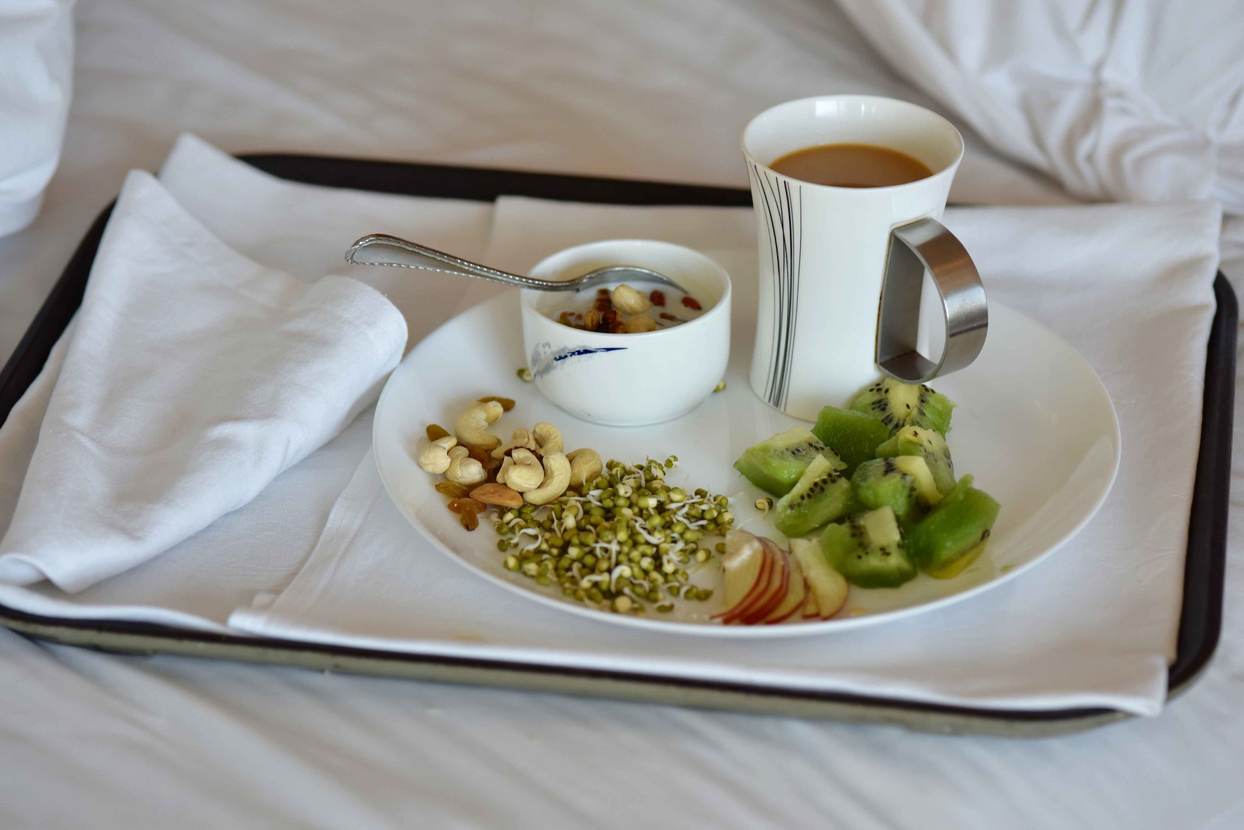 breakfast in bed, Radisson Blu Hotel, Ranchi, Jharkhand, India. Image©sourcingstyle.com.