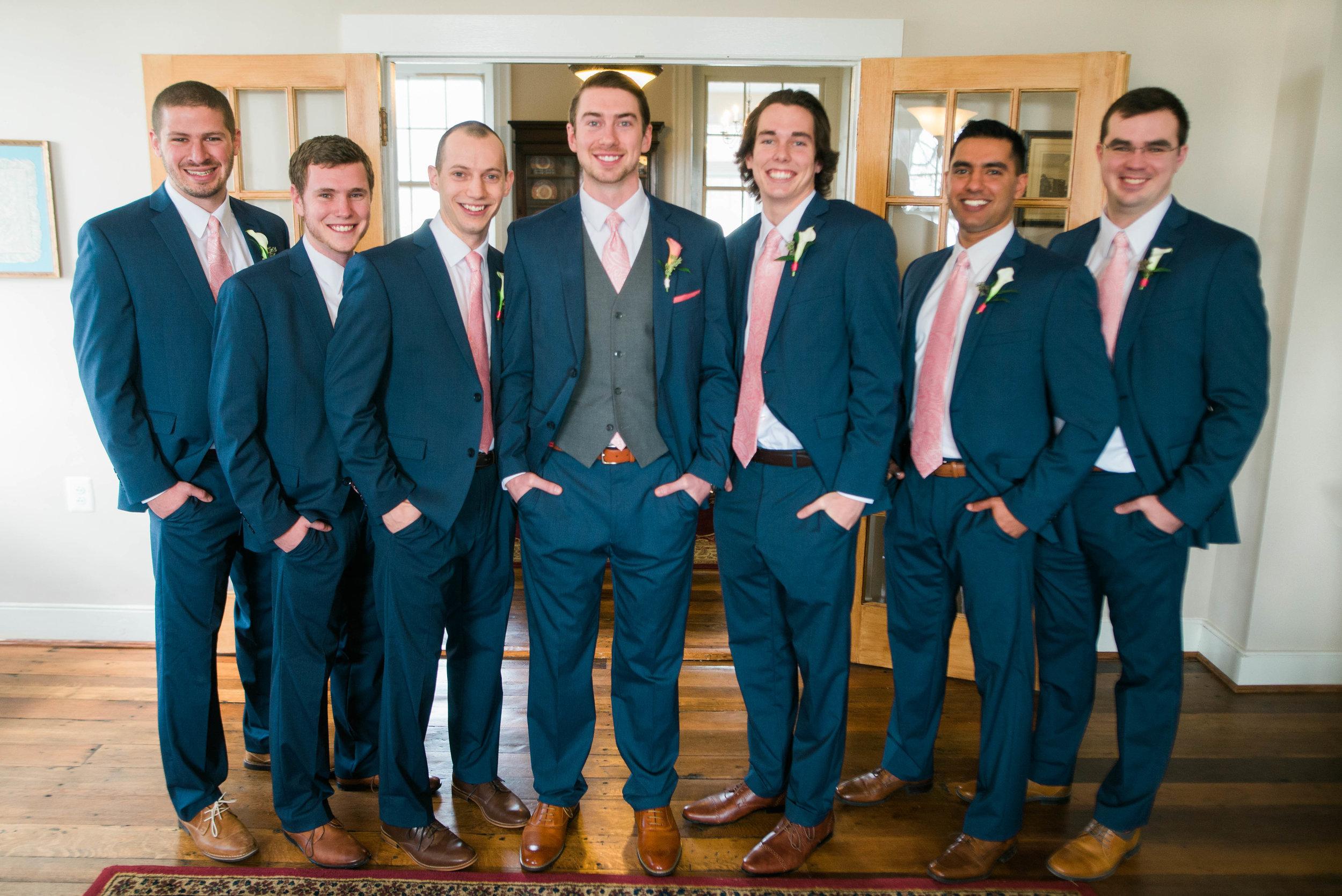 groomsmen-11.jpg