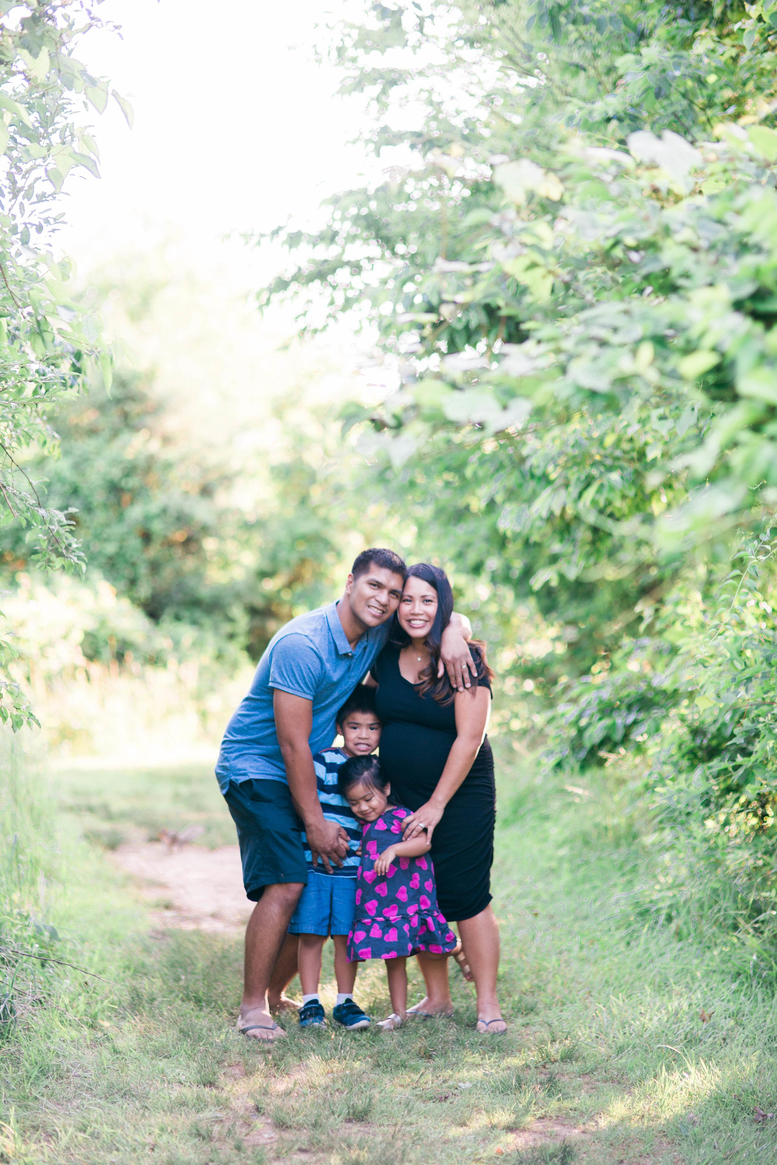 MATERNITYlimosfamily-31.jpg