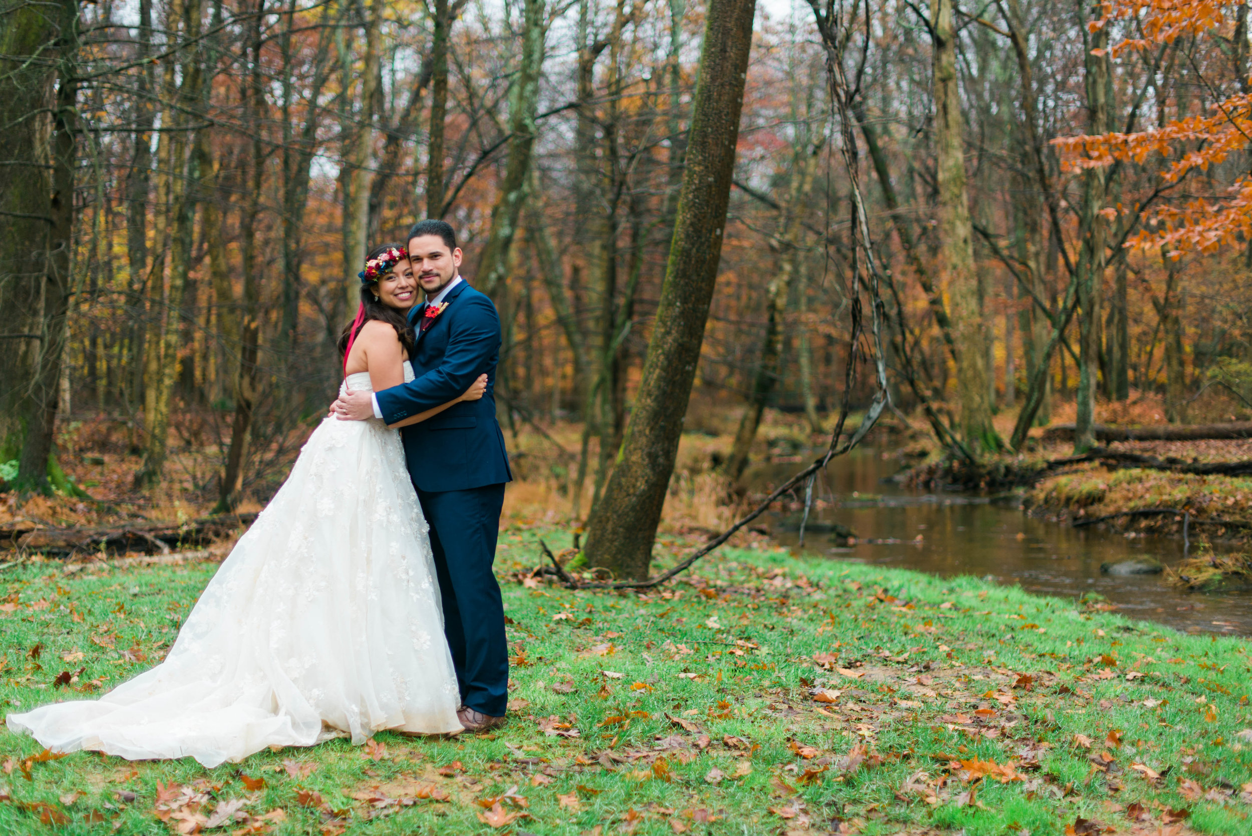 caboose-farm-Sabillasville-MD-wedding-icaimages-foggy-wedding