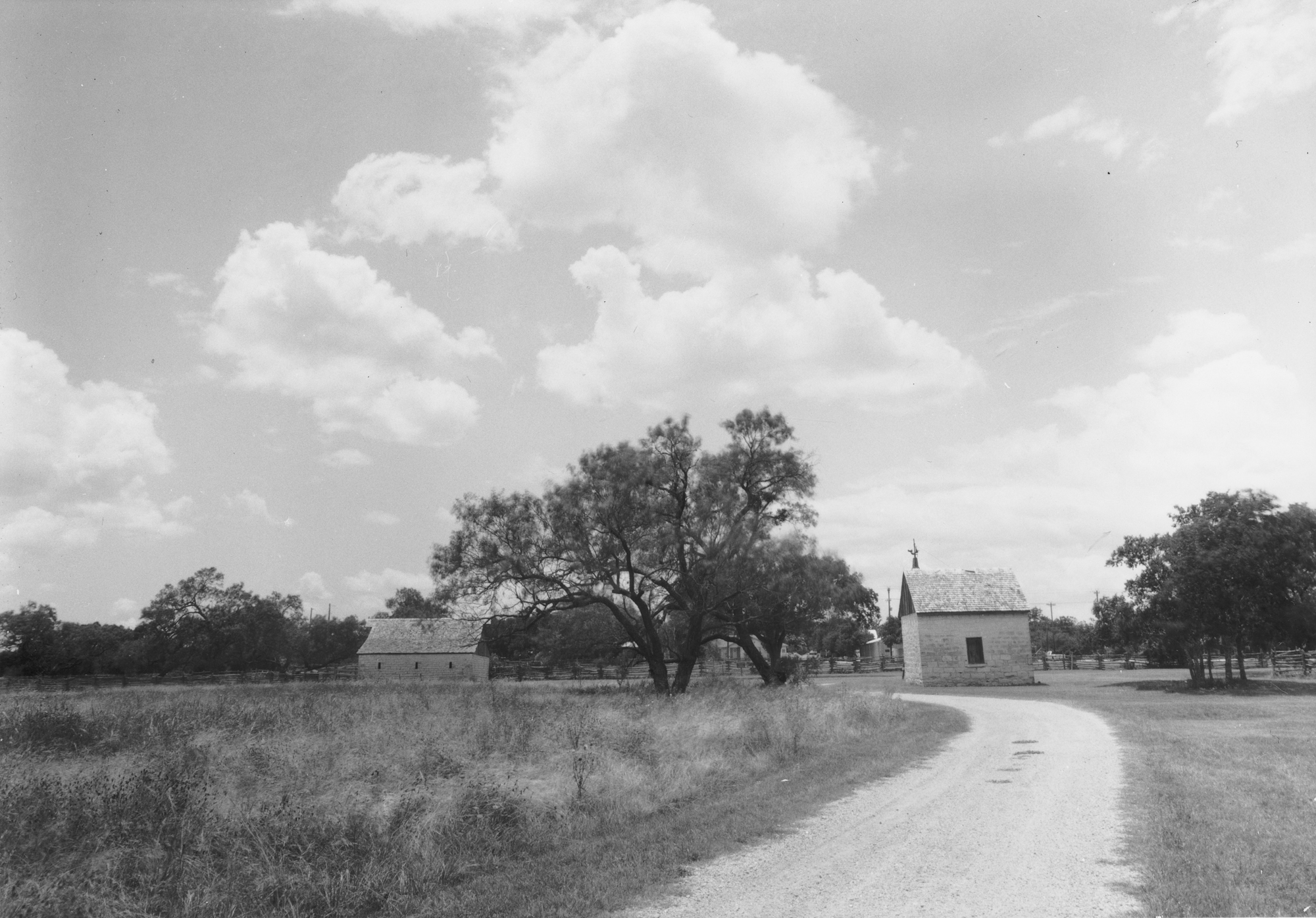 Johnson City June  Kodak 33a RC paper  (3 of 6).jpg