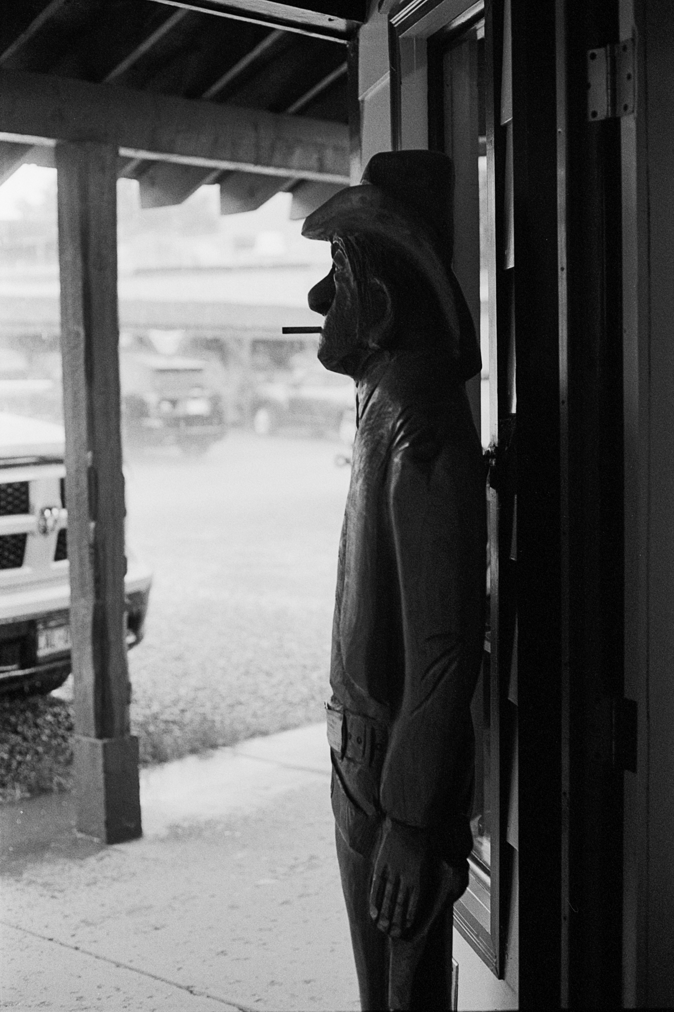 Silverton smoking cowboy Into the West 2019 (4 of 1).jpg