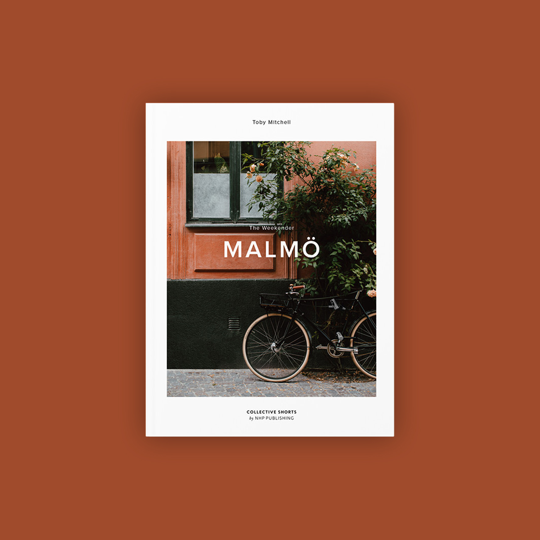 A visual narrative of a weekend spent in the Swedish city of Malmö - The fourth and final book in a series published by New Heroes & PioneersPRE-ORDER
