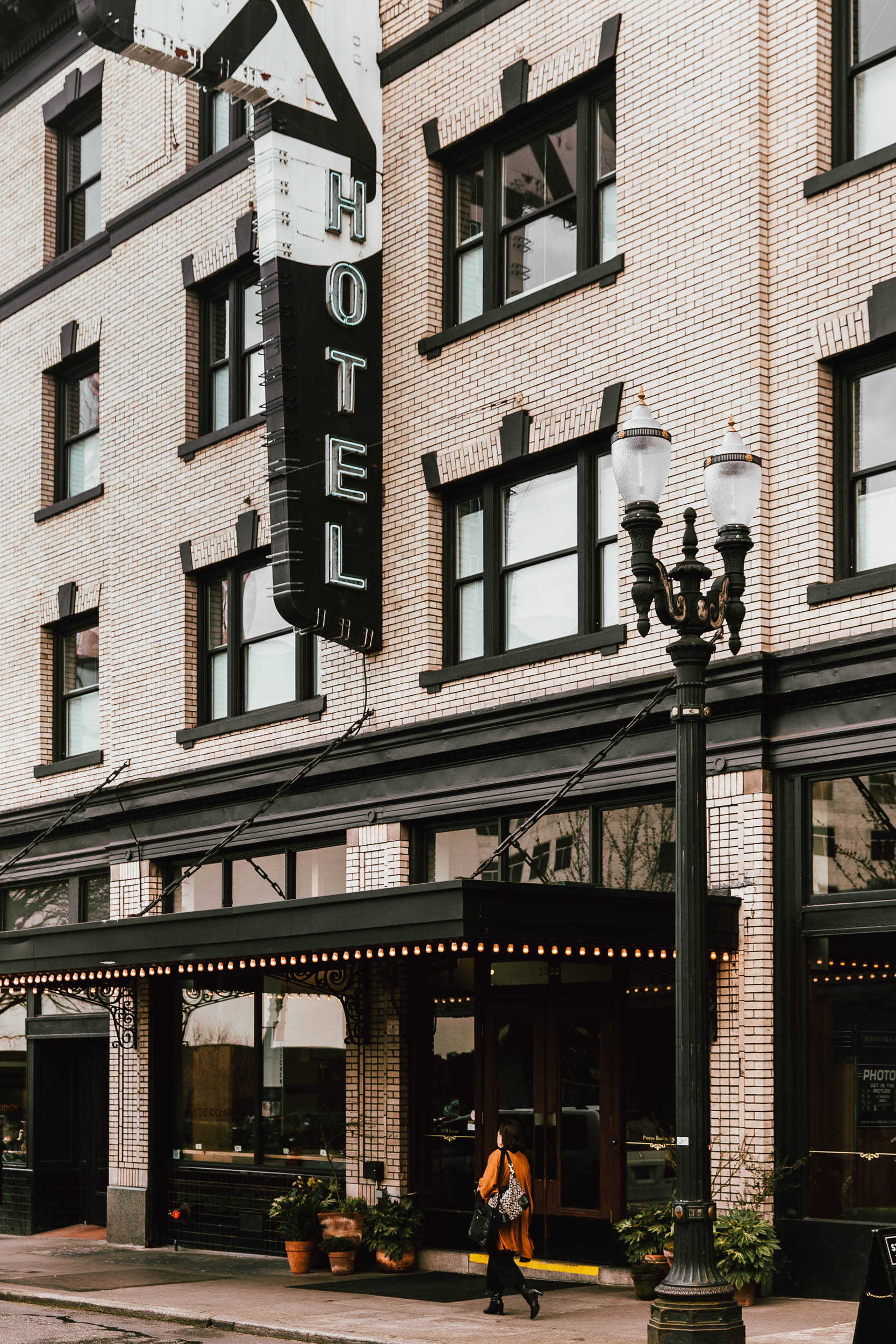 Ace Hotel Portland by Toby Mitchell (4 of 6).jpg