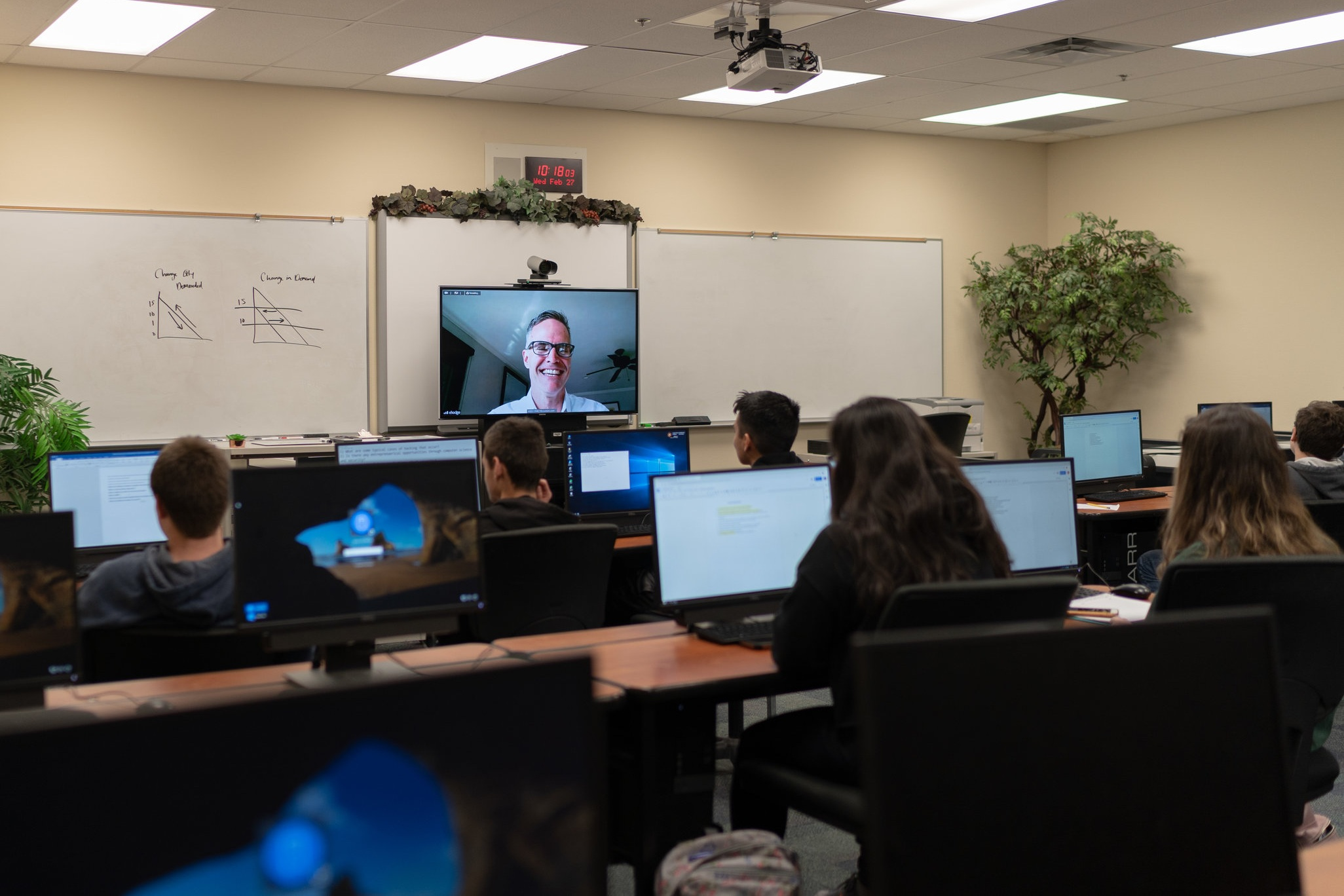 Industry Connections - Connect with professionals to enhance your classroom.