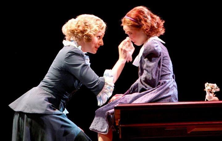 Jessica Tyler Wright and Lauren Weintraub as Annie