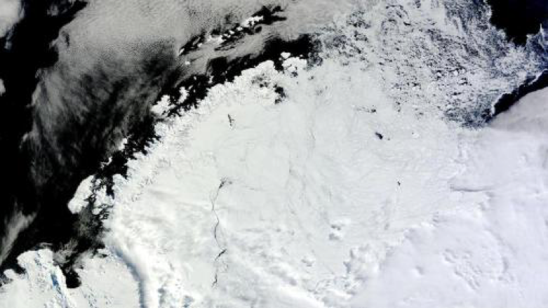Antarctic melt hole_Image1.png