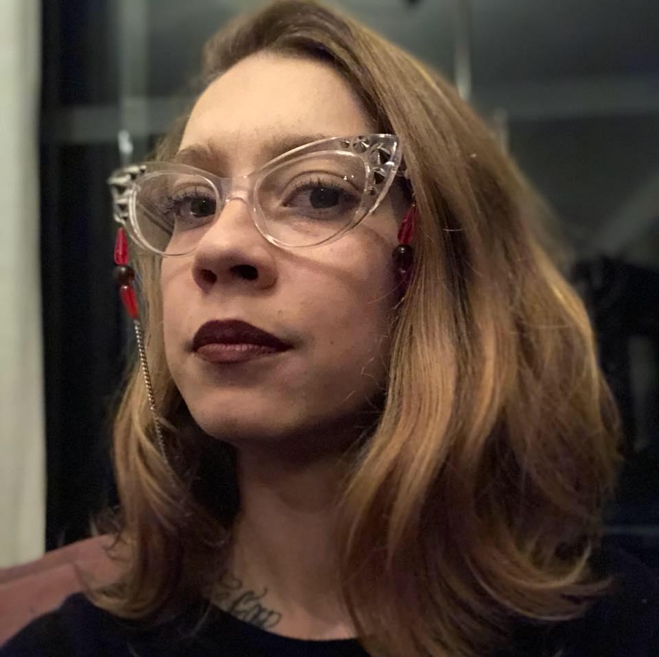 CARLA CORTEGOSO - Criativa Escritora Ativista