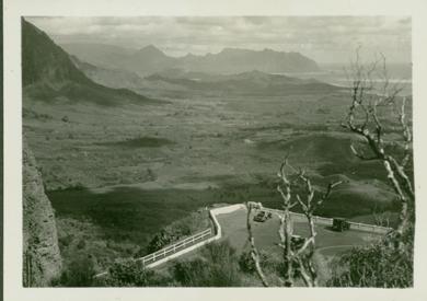 Nuuanu-Pali: ca 1935-- UH library 'aloha hawaii scrapbook'