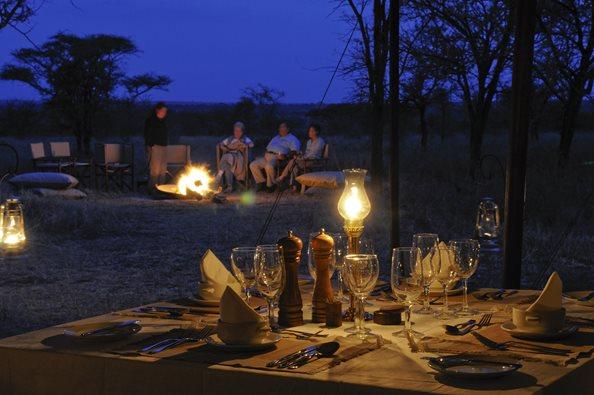 Olakira-Camp-evening-relax.jpg